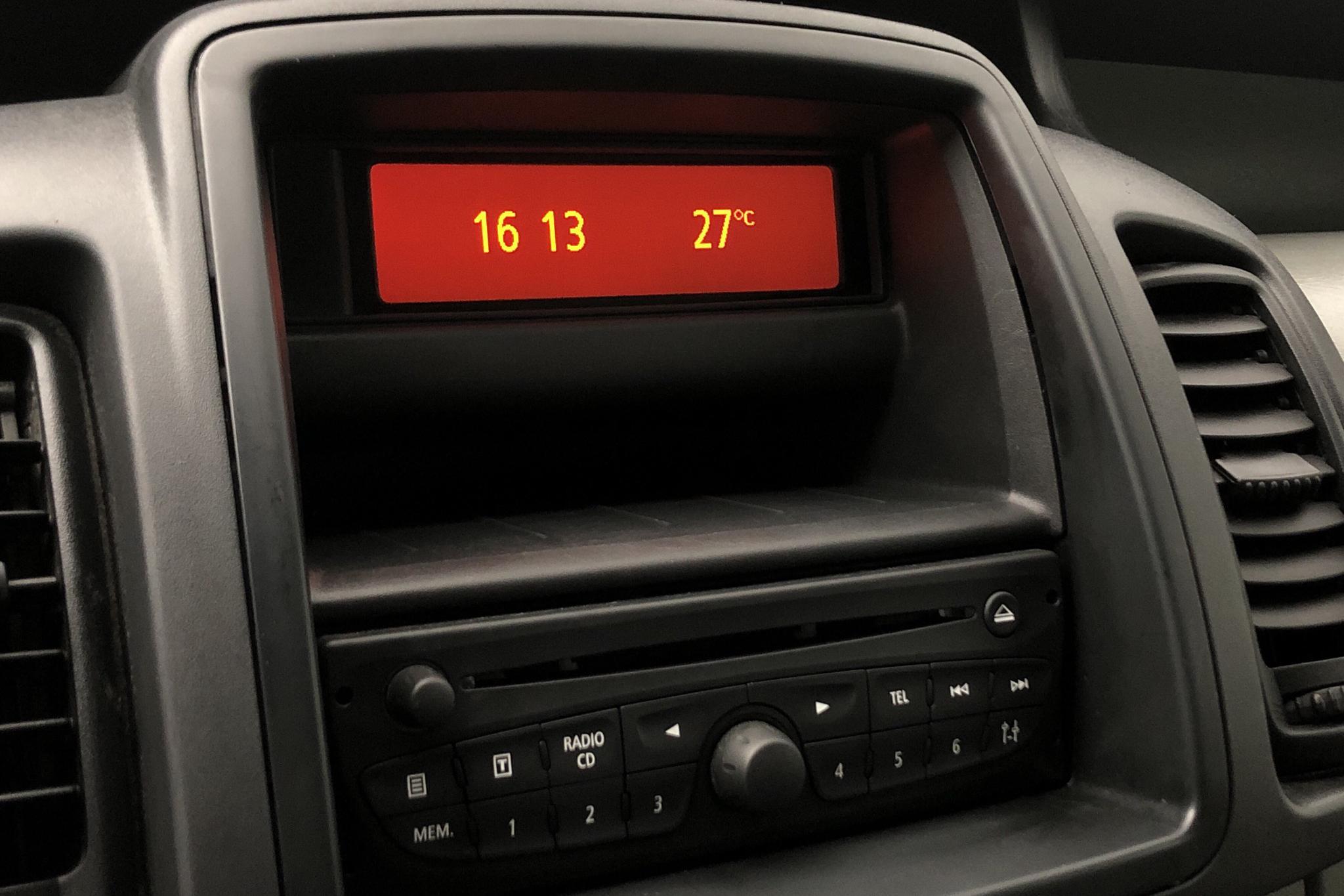 Nissan Primastar 2.0 dCi (114hk) - 168 680 km - Manual - white - 2014