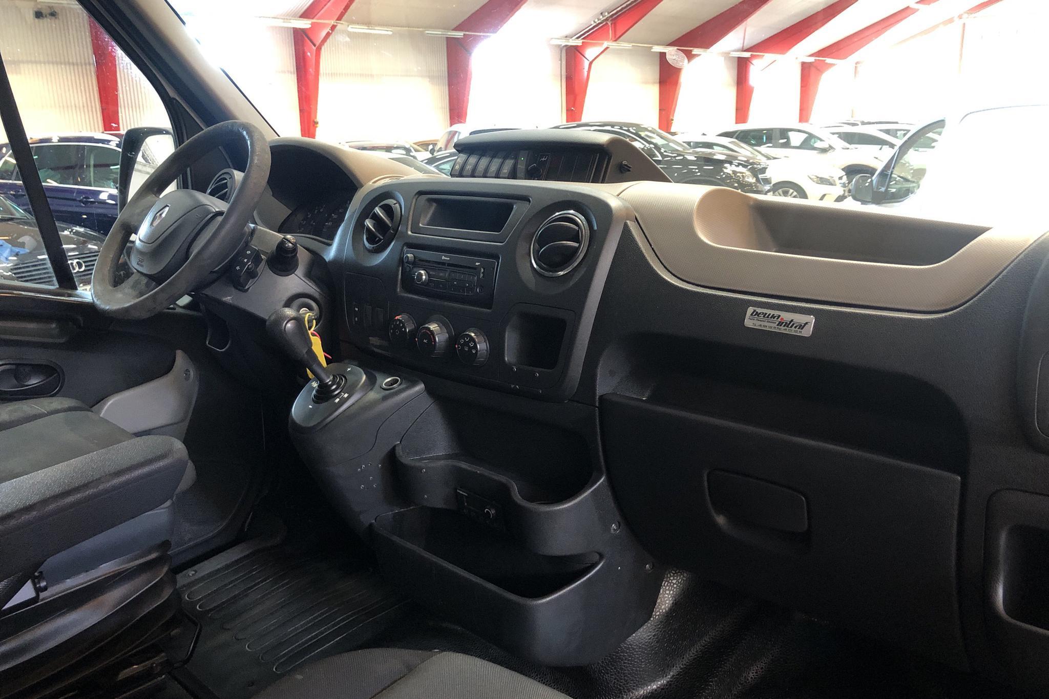 Renault Master MPV 2.3 dCi (125hk) - 50 718 mil - Automat - vit - 2014