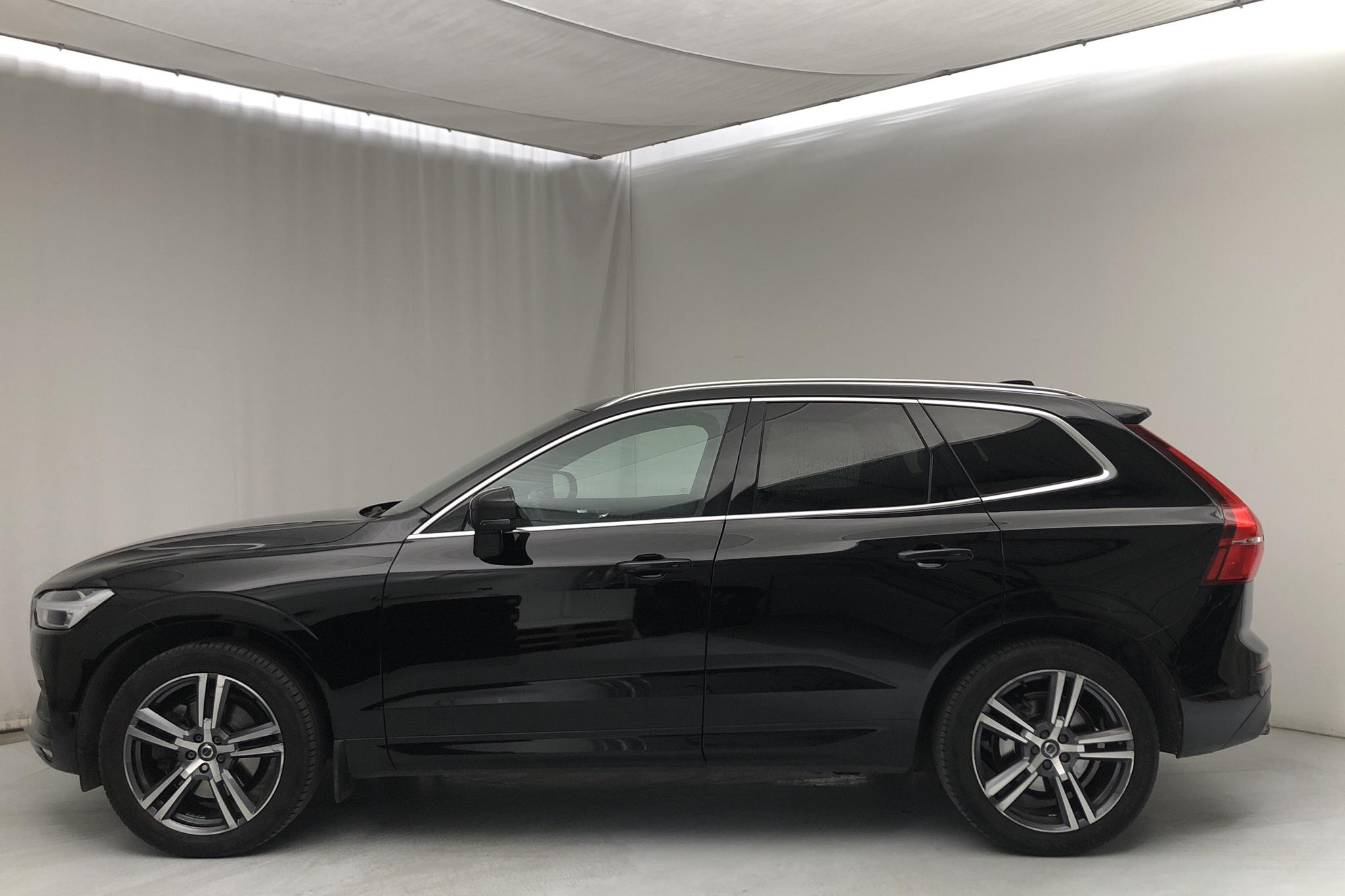 Volvo XC60 T5 AWD (250hk) - 7 366 mil - Automat - svart - 2018