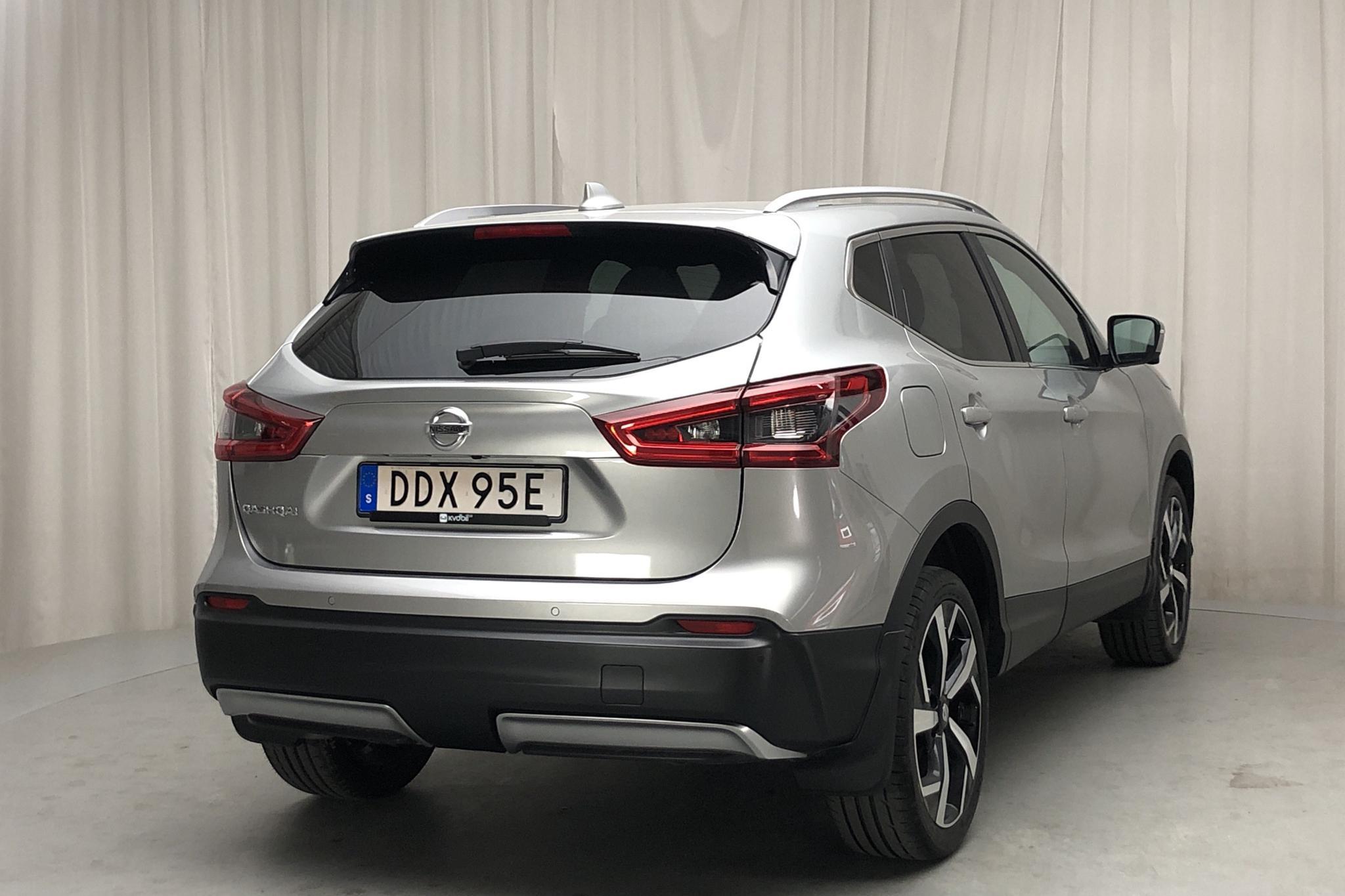 Nissan Qashqai 1.3 DIG-T (140hk) - 13 720 km - Manual - silver - 2019