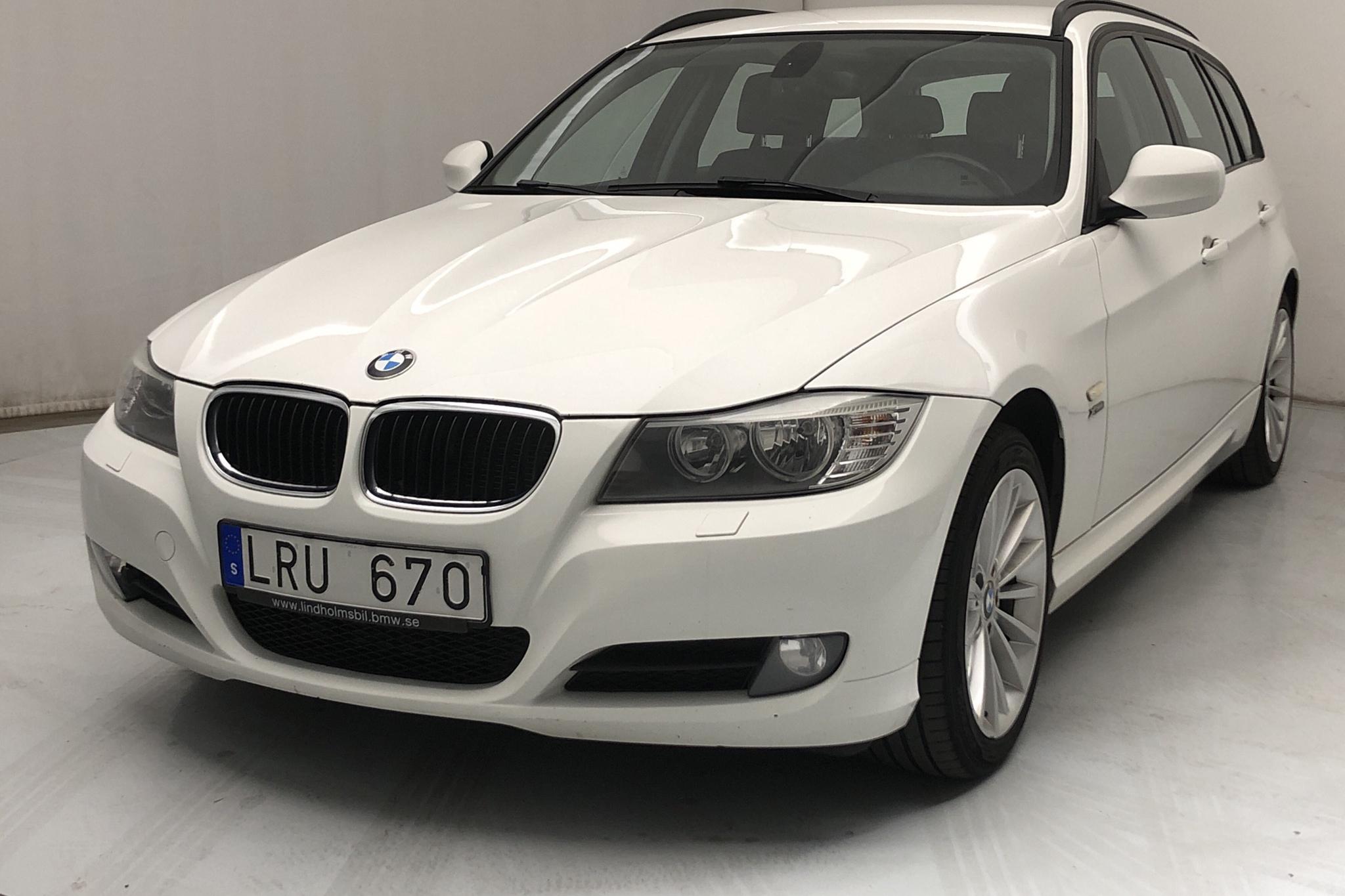 BMW 320d xDrive Touring, E91 (184hk) - 23 428 mil - Manuell - vit - 2011
