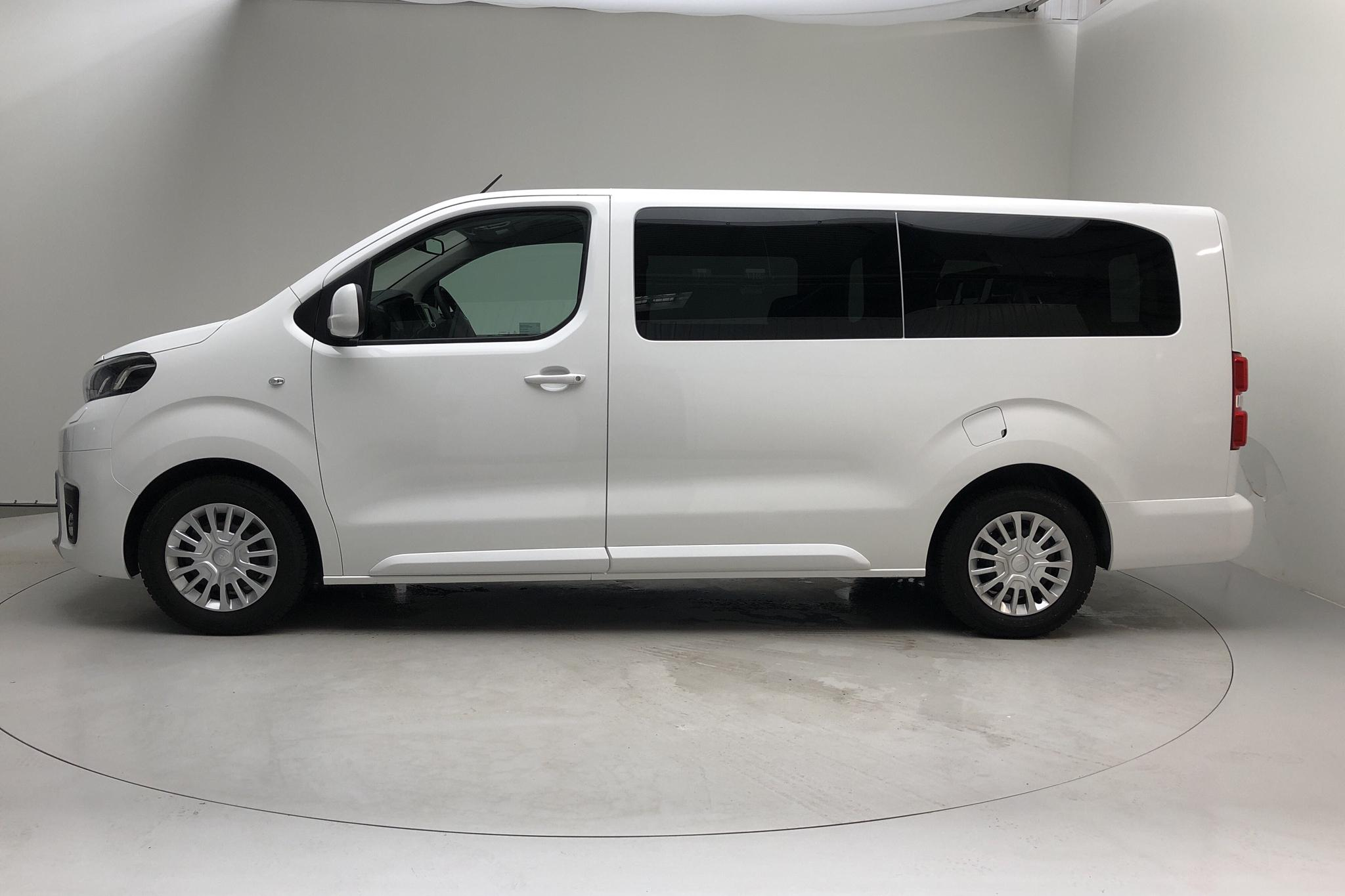 Toyota PROACE Verso 1.5D (120hk) - 4 982 mil - Manuell - vit - 2019