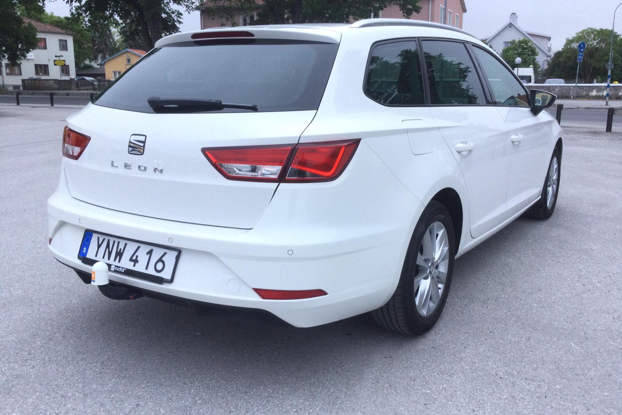 Seat Leon 1.2 TSI ST (110hk) - 26 680 km - Manual - white - 2018