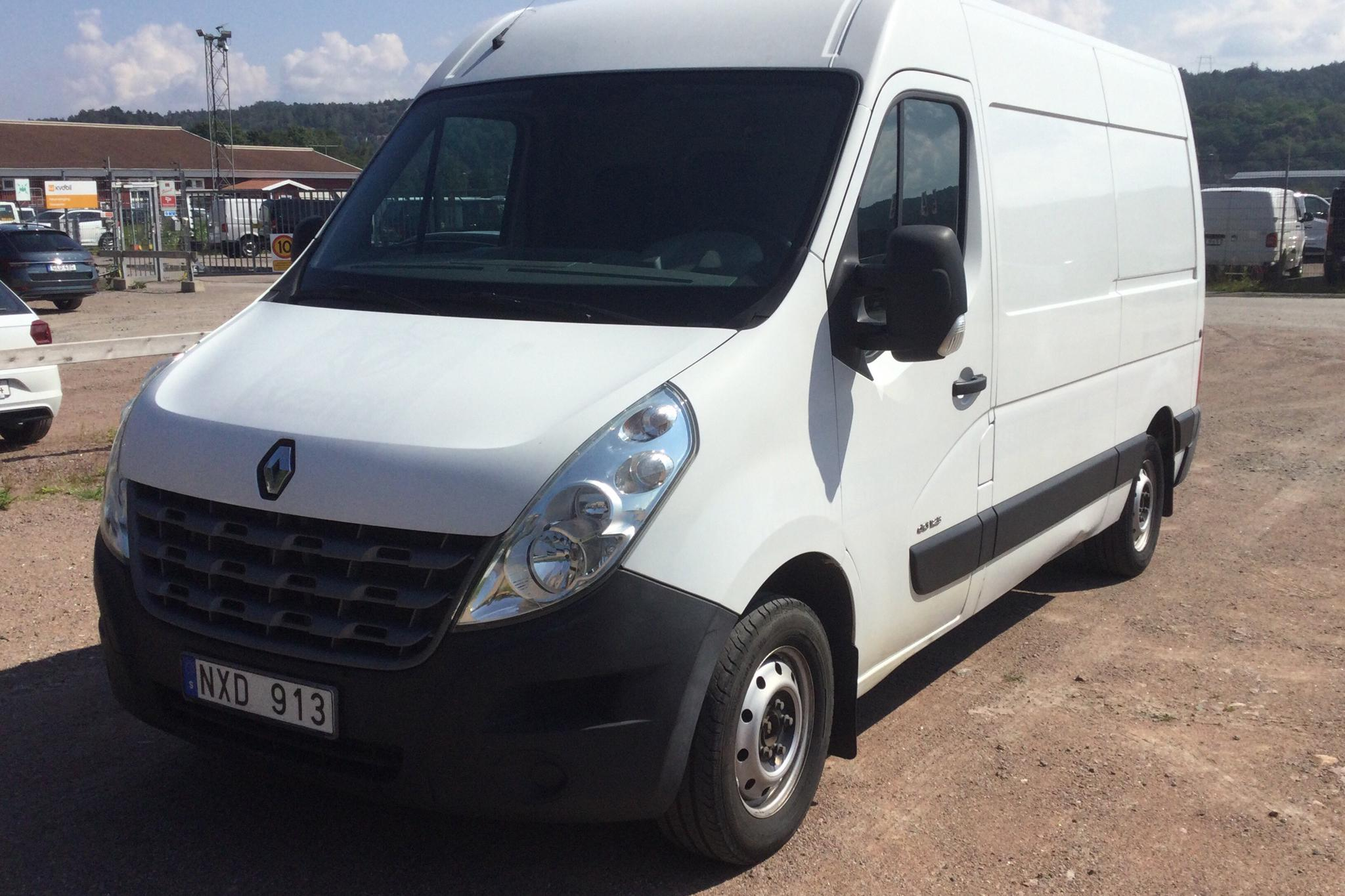 Renault Master 2.3 dCi FAP 2WD (125hk) - 13 342 mil - Manuell - vit - 2014