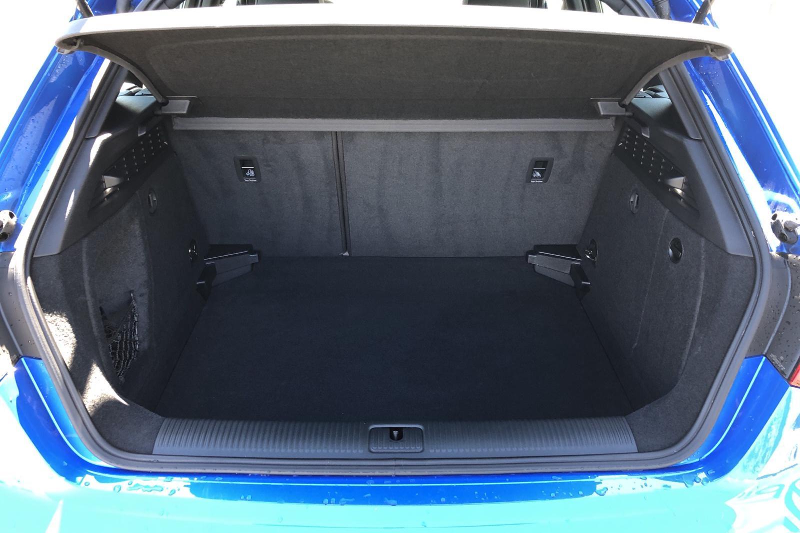 Audi A3 Sportback 35 TFSI (150hk) - 9 920 km - Manual - blue - 2019
