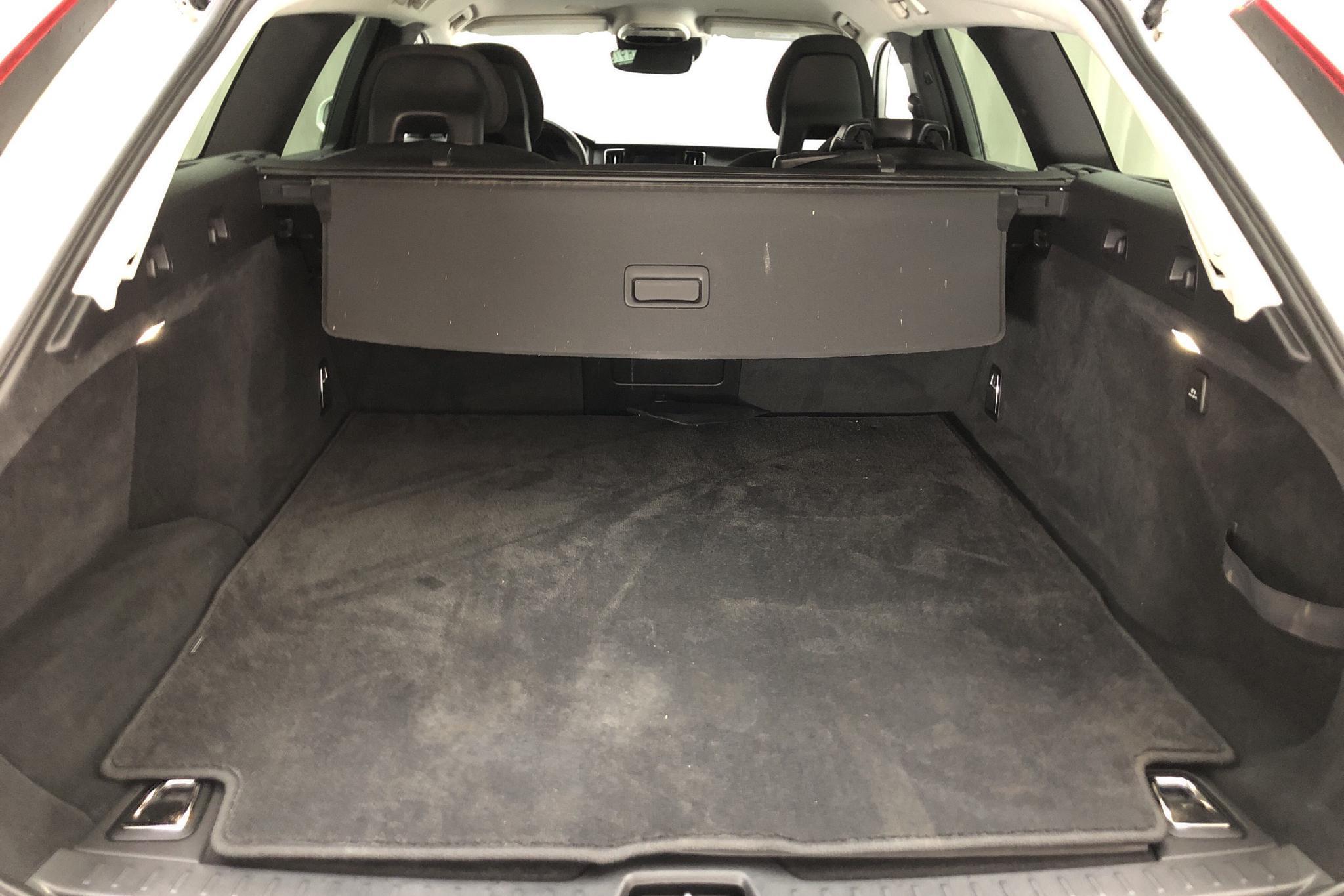 Volvo V90 D3 AWD (150hk) - 137 600 km - Automatic - white - 2018