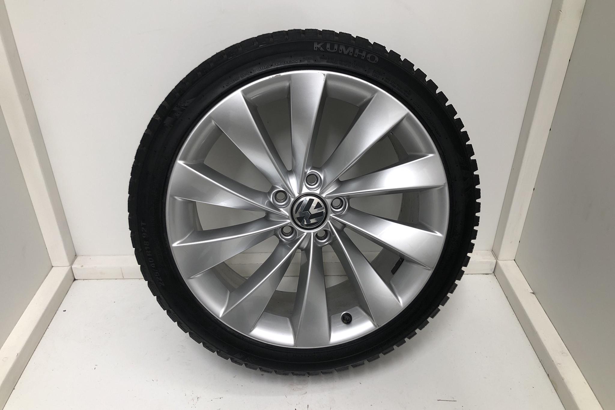 VW Scirocco 1.4 TSI (180hk) - 5 600 mil - Manuell - vit - 2015