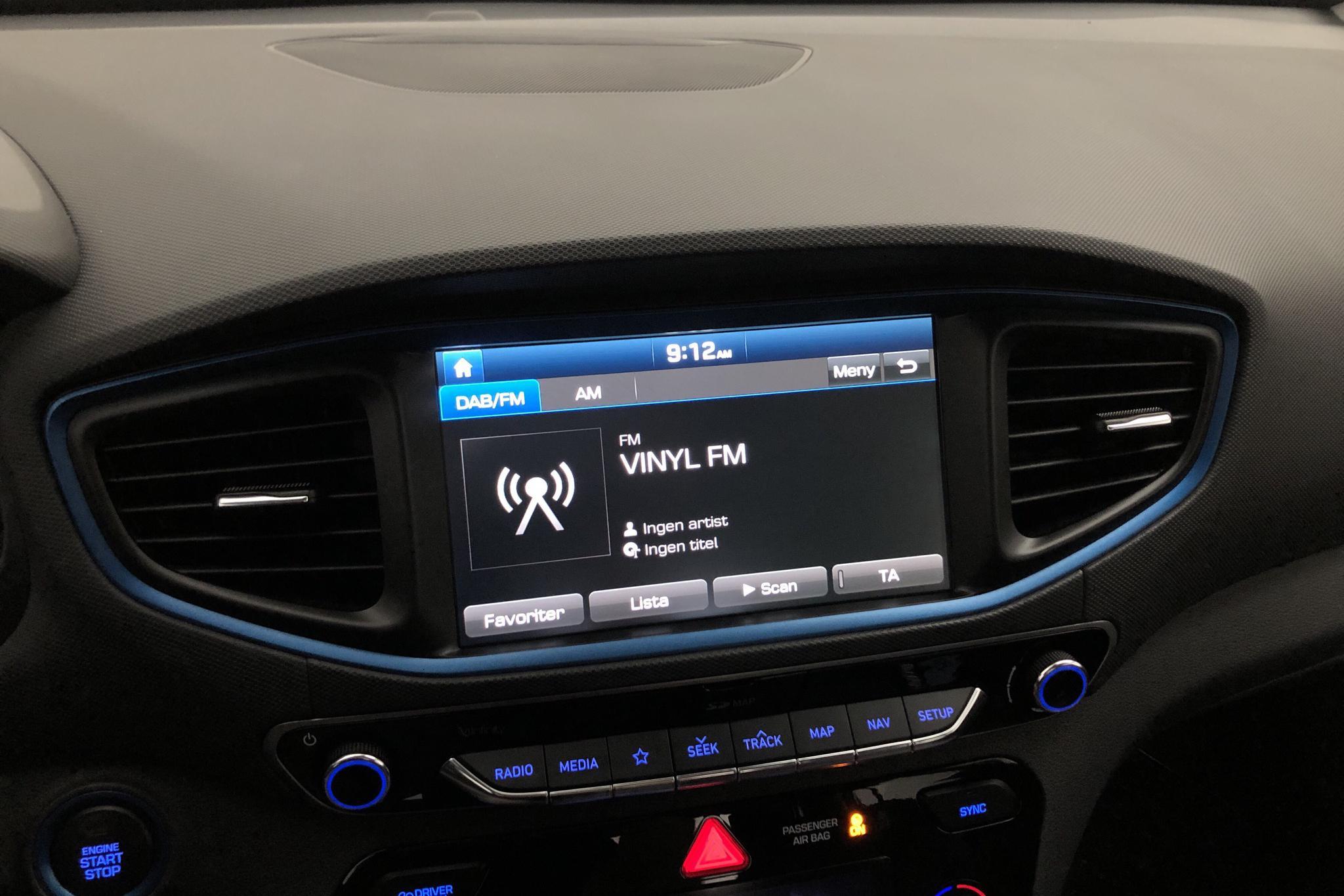 Hyundai IONIQ Plug-in (141hk) - 3 020 mil - Automat - svart - 2017