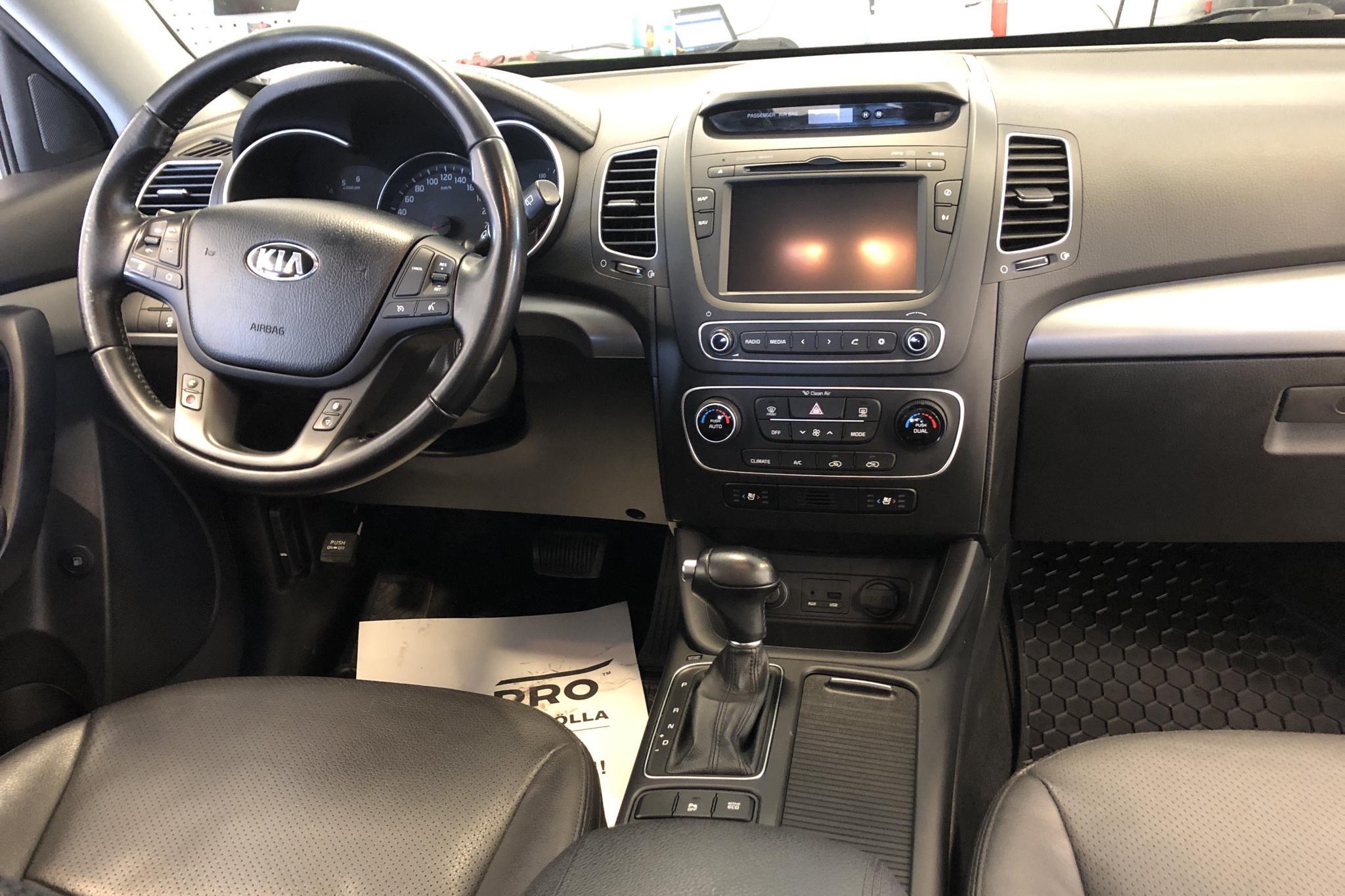 KIA Sorento 2.2 CRDi (197hk) - 210 370 km - Automatic - white - 2014