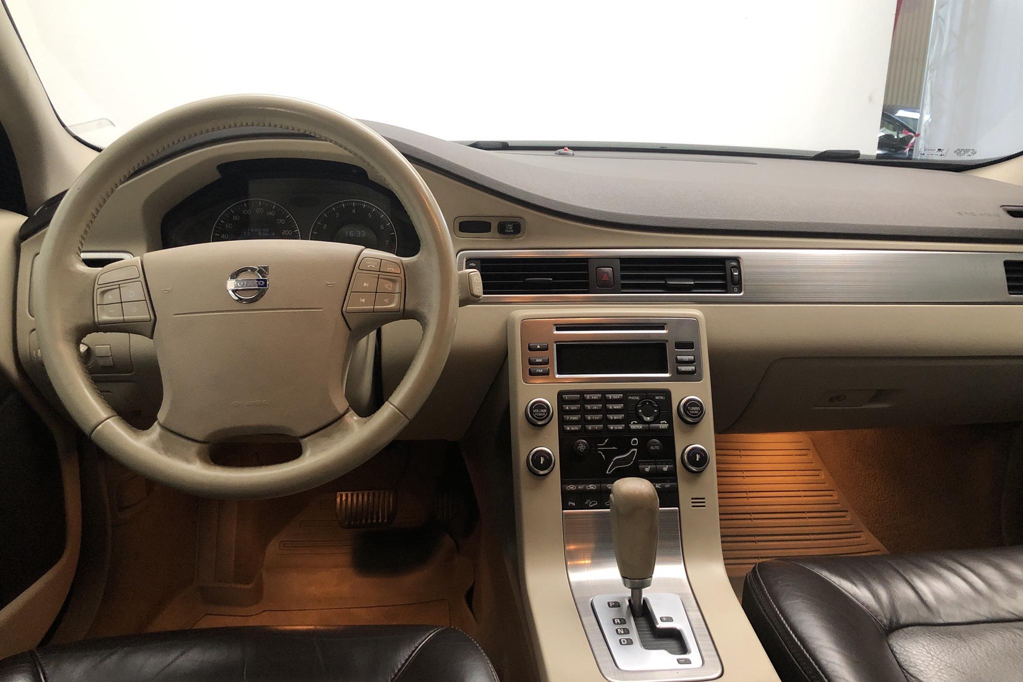 Volvo XC70 II 3.2 (238hk) - 160 250 km - Automatic - Light Green - 2008