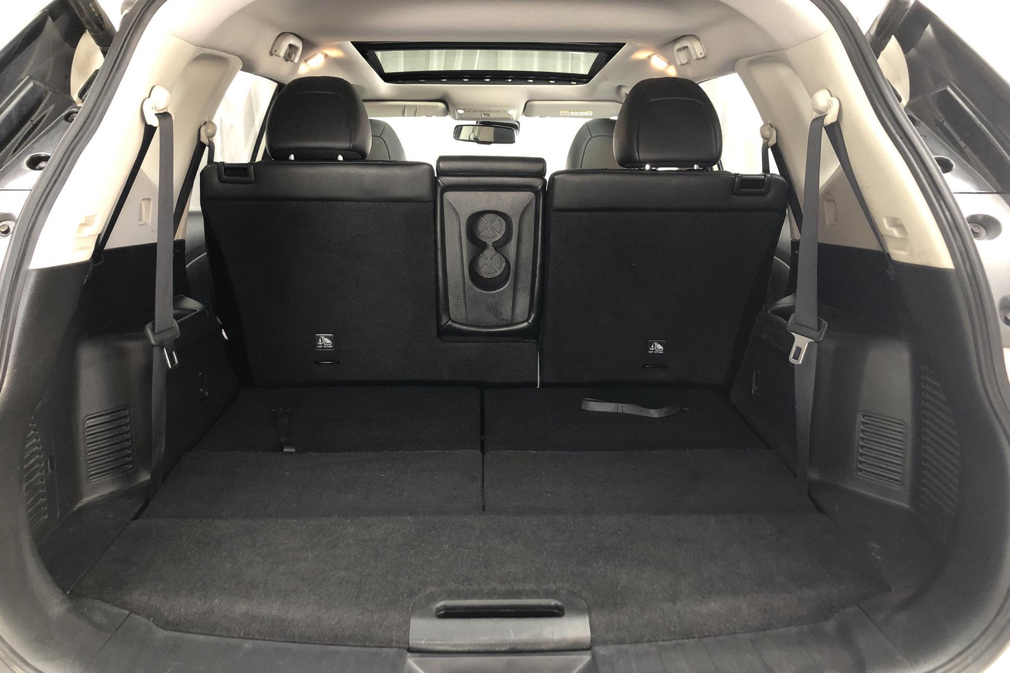 Nissan X-trail 1.6 dCi 2WD (130hk) - 98 670 km - Automatic - white - 2017