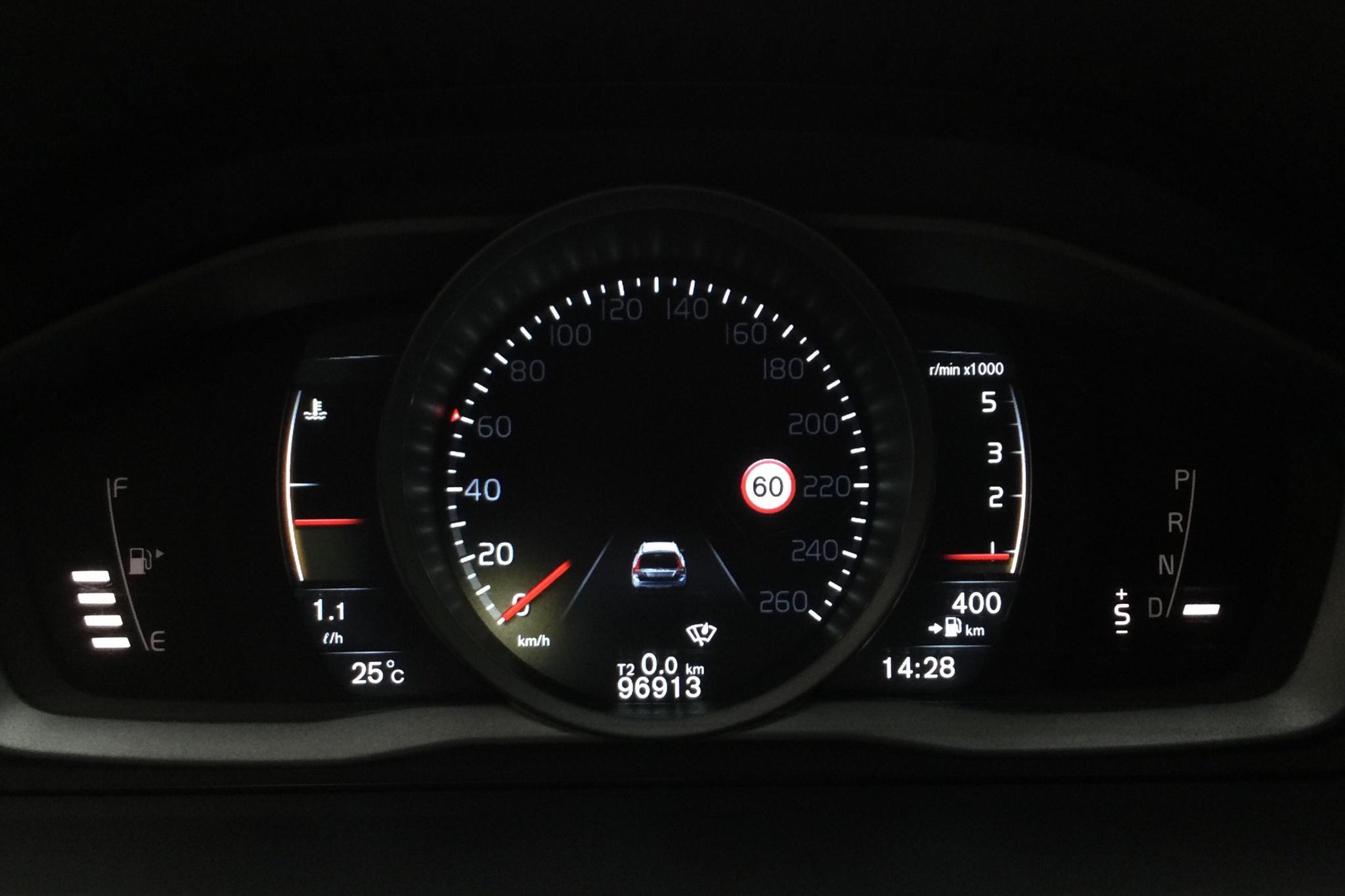 Volvo XC70 II D4 AWD (181hk) - 9 691 mil - Automat - Dark Blue - 2016