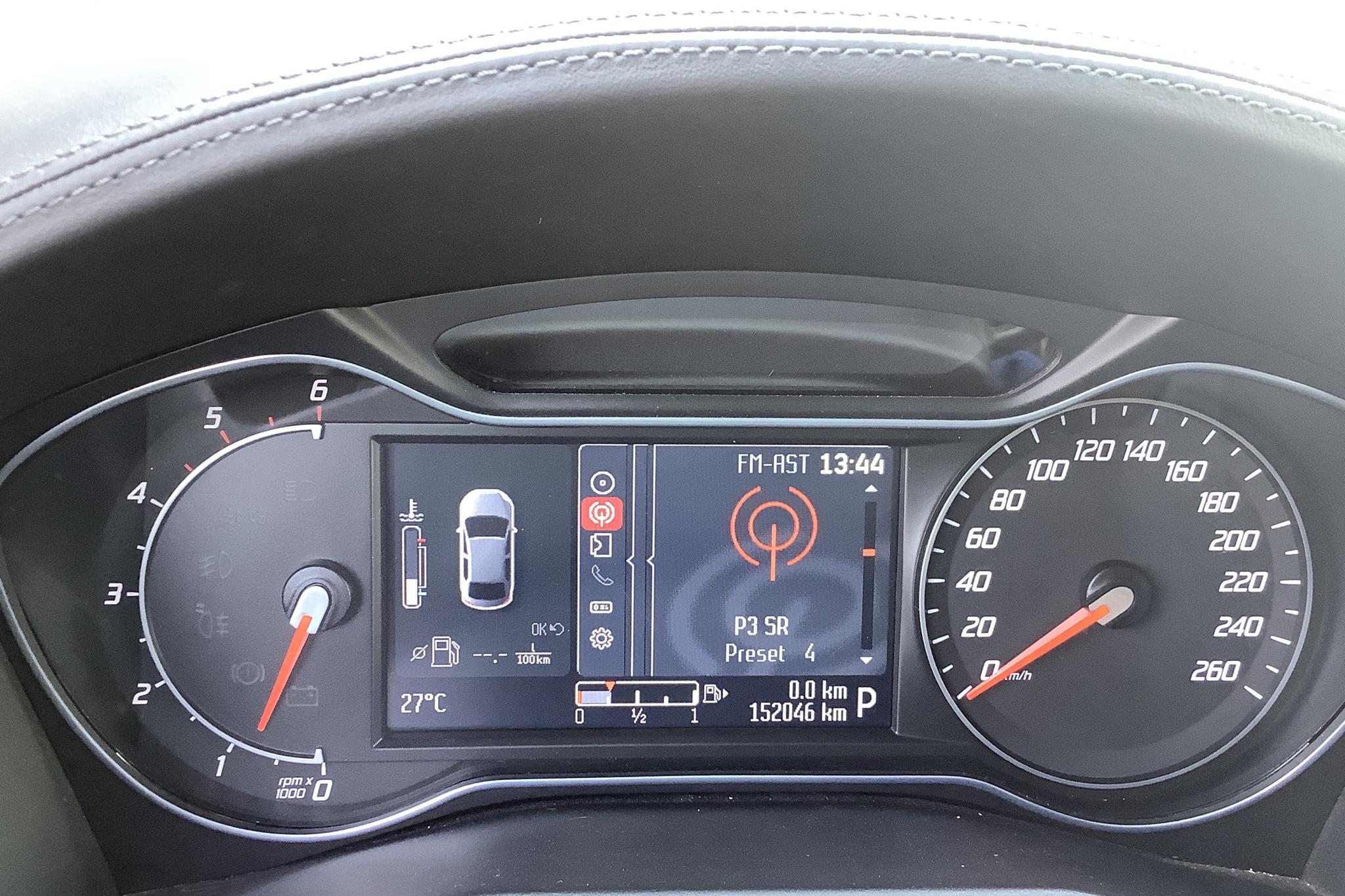 Ford Mondeo 2.0 Duratorq TDCi Kombi (163hk) - 152 040 km - Automatic - white - 2013