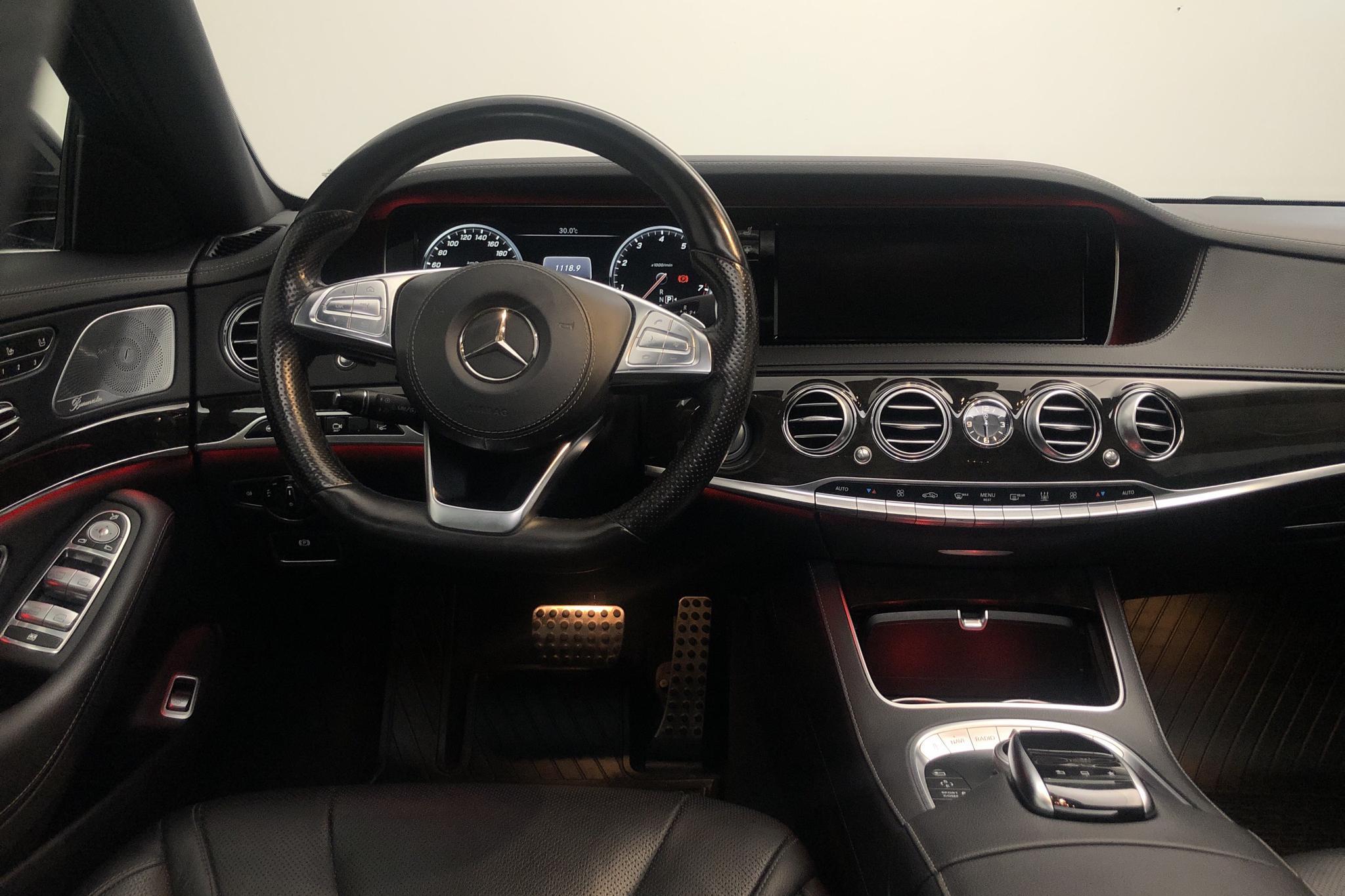 Mercedes S 500 4MATIC W222 (455hk) - 13 154 mil - Automat - svart - 2015