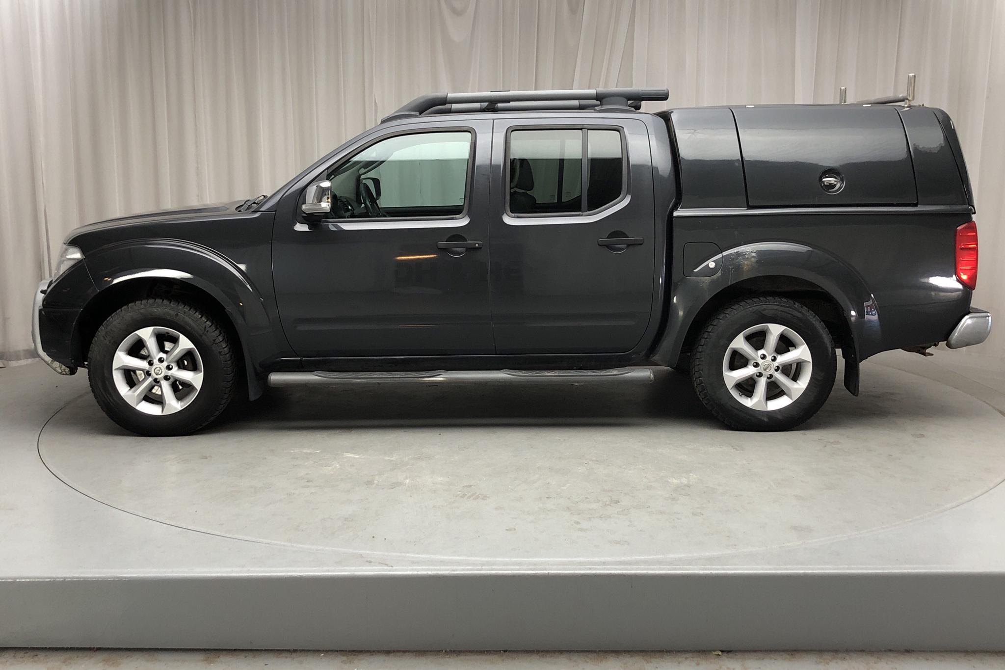 Nissan Navara 2.5 dCi 4WD (171hk) - 20 439 mil - Automat - Dark Grey - 2008