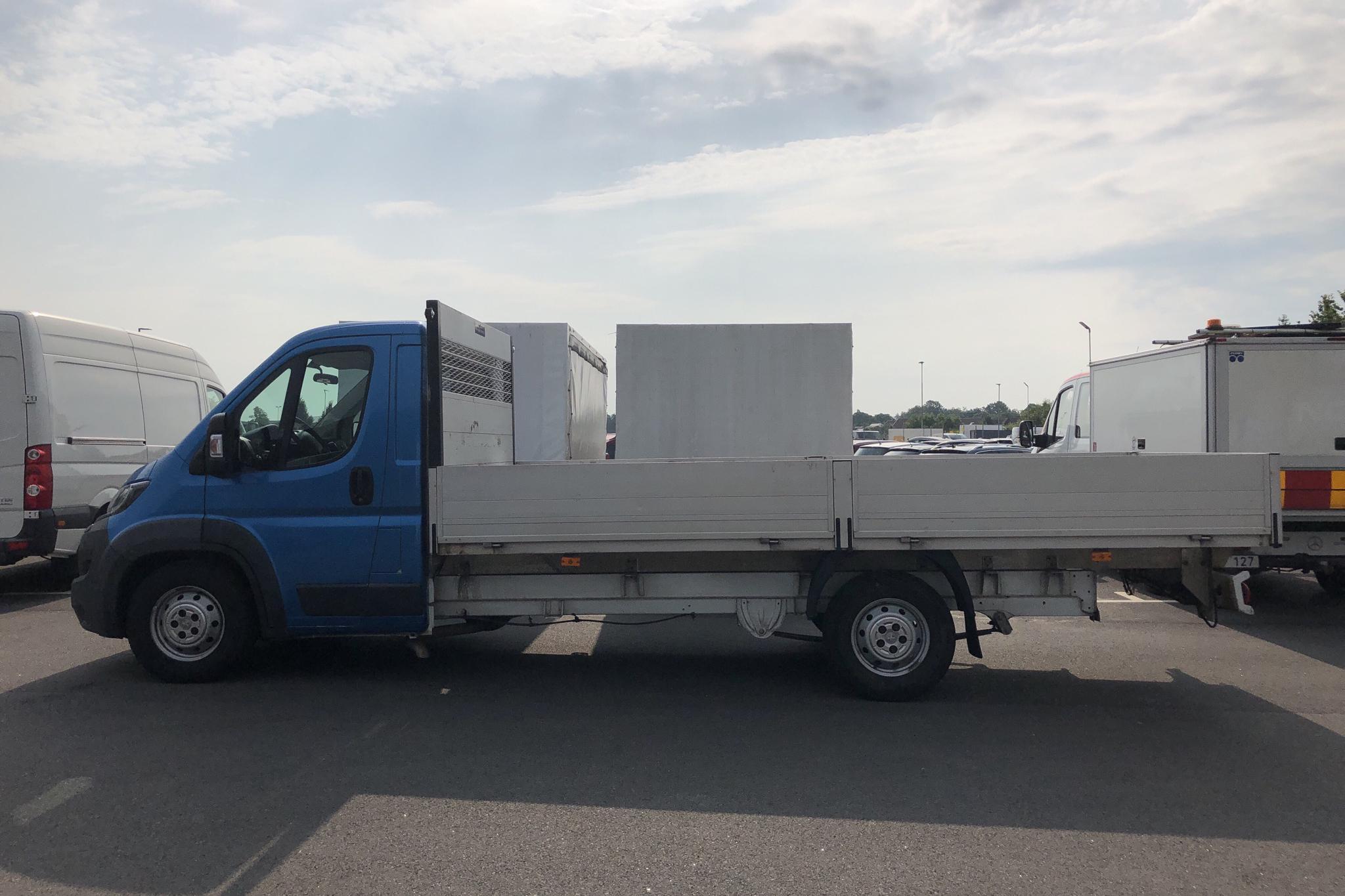 Peugeot Boxer 3.0 HDI Pickup (180hk) - 9 663 mil - Manuell - vit - 2016