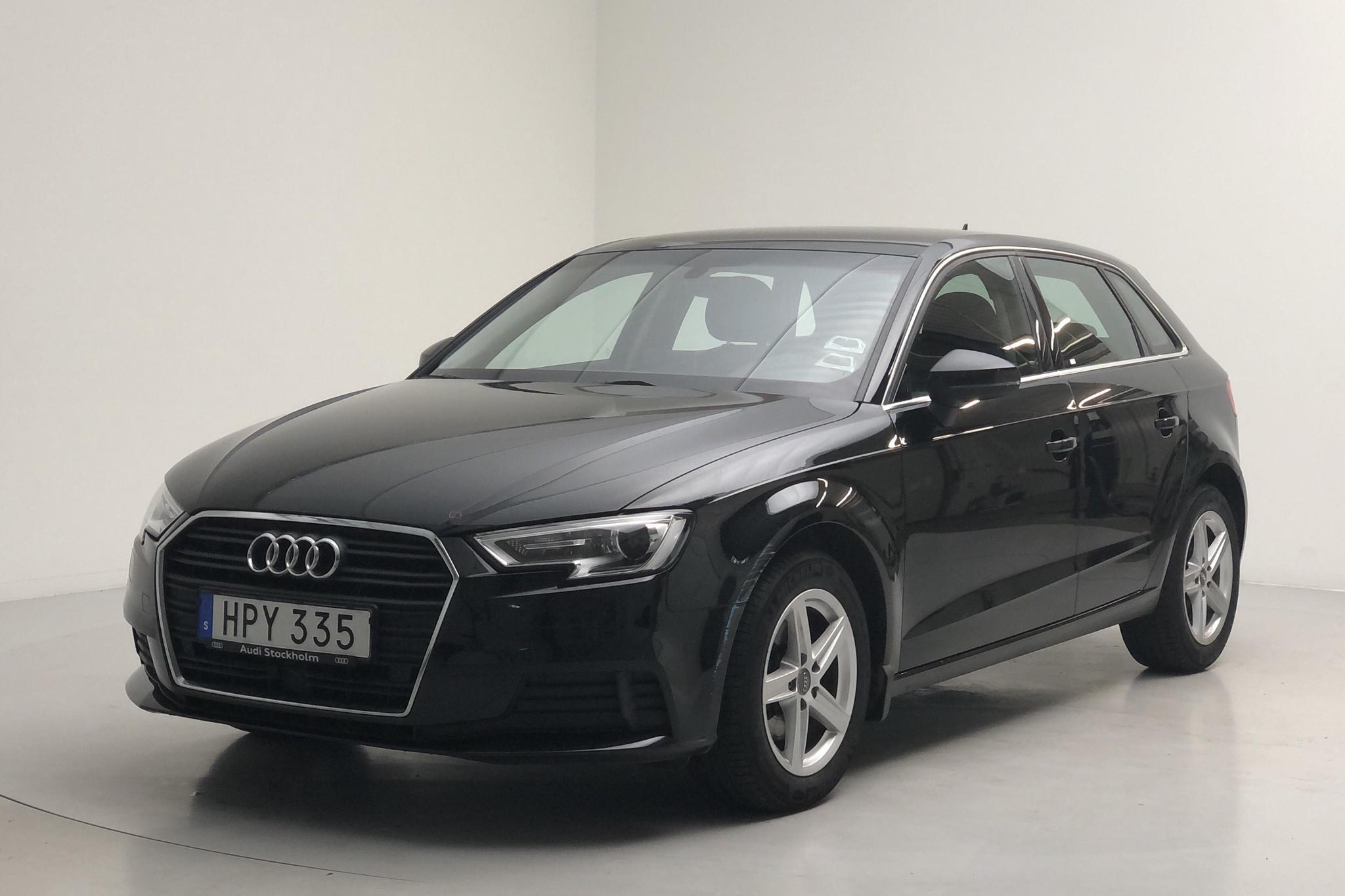 Audi A3 1.6 TDI Sportback (116hk) - 62 170 km - Automatic - black - 2018