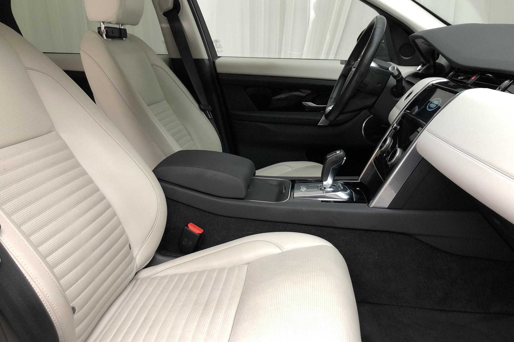 Land Rover Discovery Sport D180 AWD (180hk) - 4 792 mil - Automat - grå - 2020