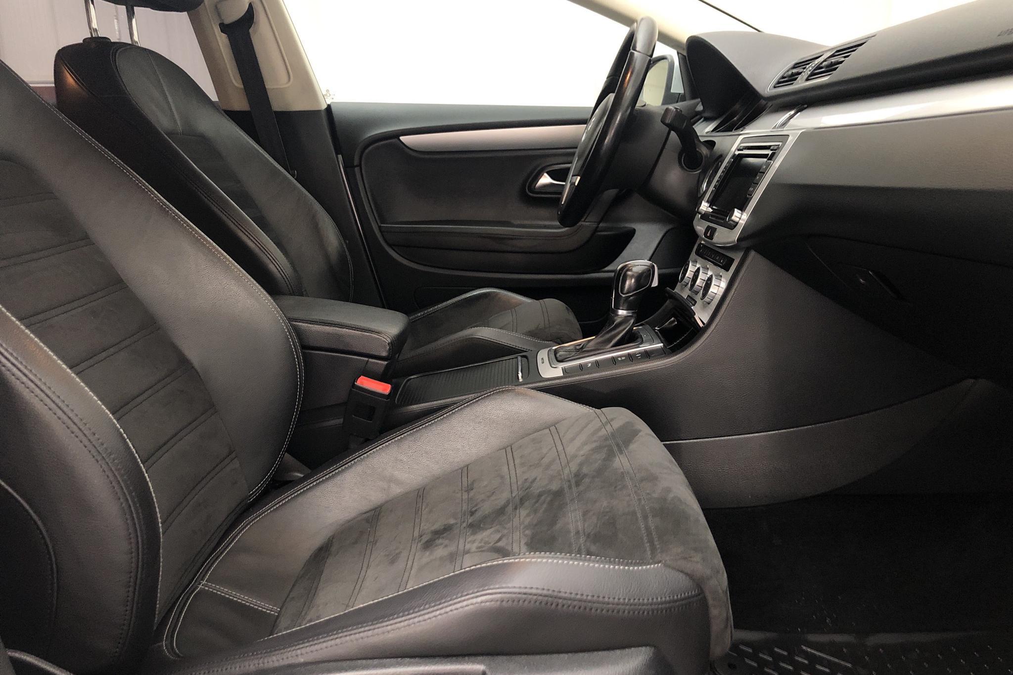 VW CC 2.0 TDI BlueMotion Technology 4Motion (170hk) - 16 190 mil - Automat - silver - 2013