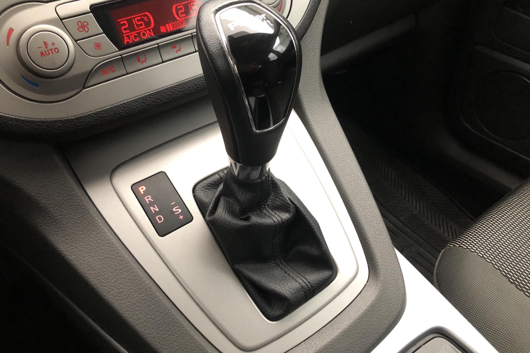 Ford Kuga 2.0 TDCi AWD (140hk) - 125 480 km - Automatic - brown - 2013