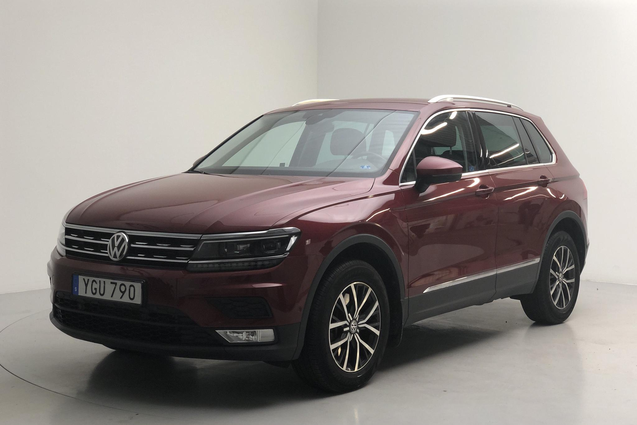 VW Tiguan 2.0 TSI 4MOTION (180hk) - 4 694 mil - Automat - Dark Red - 2017