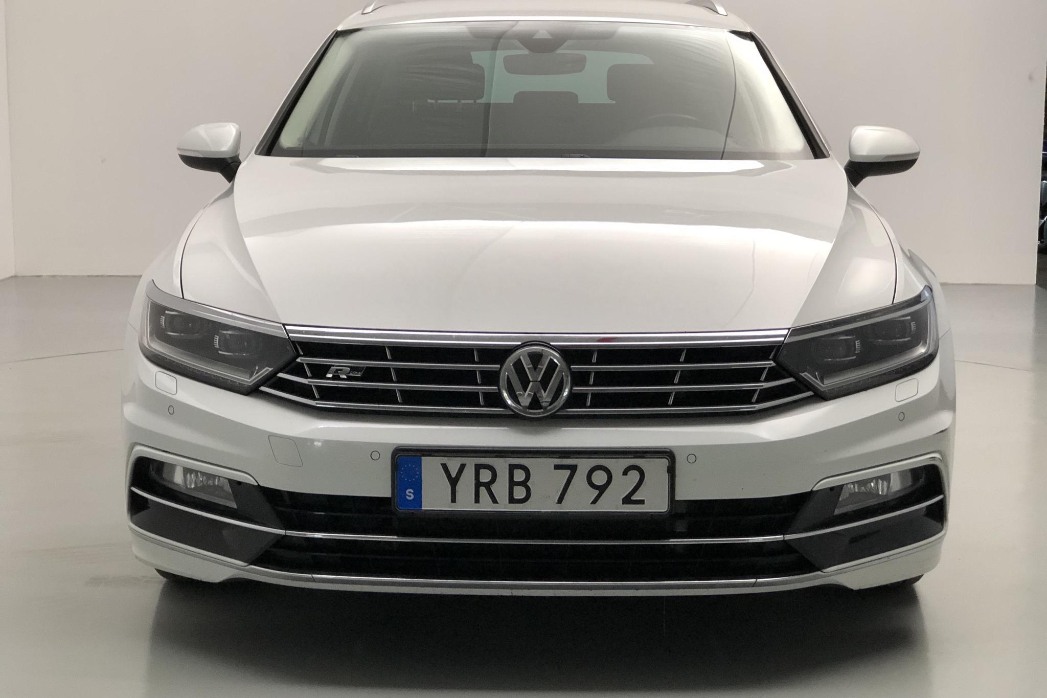VW Passat 2.0 TDI Sportscombi (190hk) - 115 870 km - Automatic - white - 2019