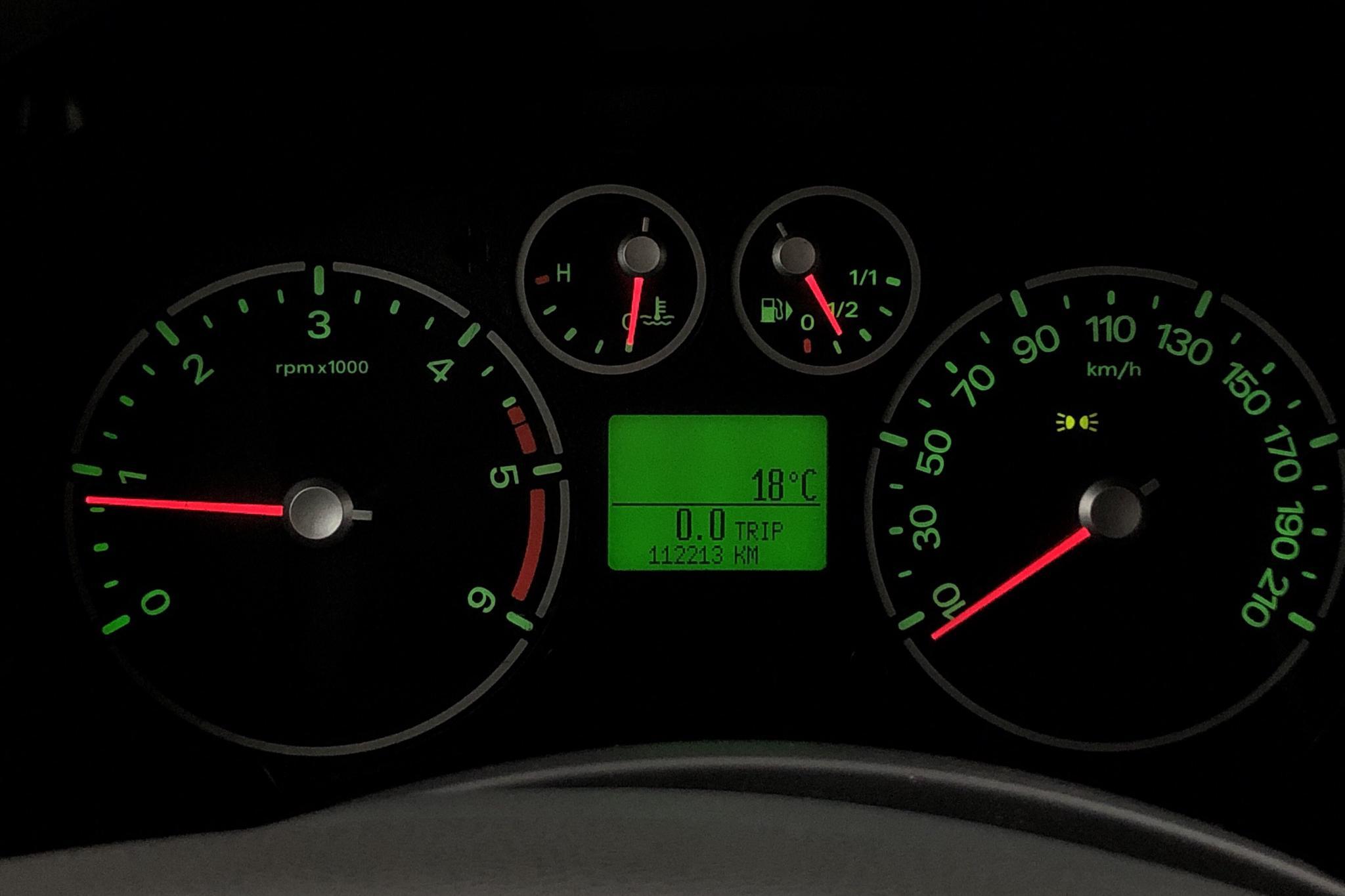 Ford Transit Connect 1.8 TDCi (90hk) - 11 221 mil - Manuell - vit - 2010