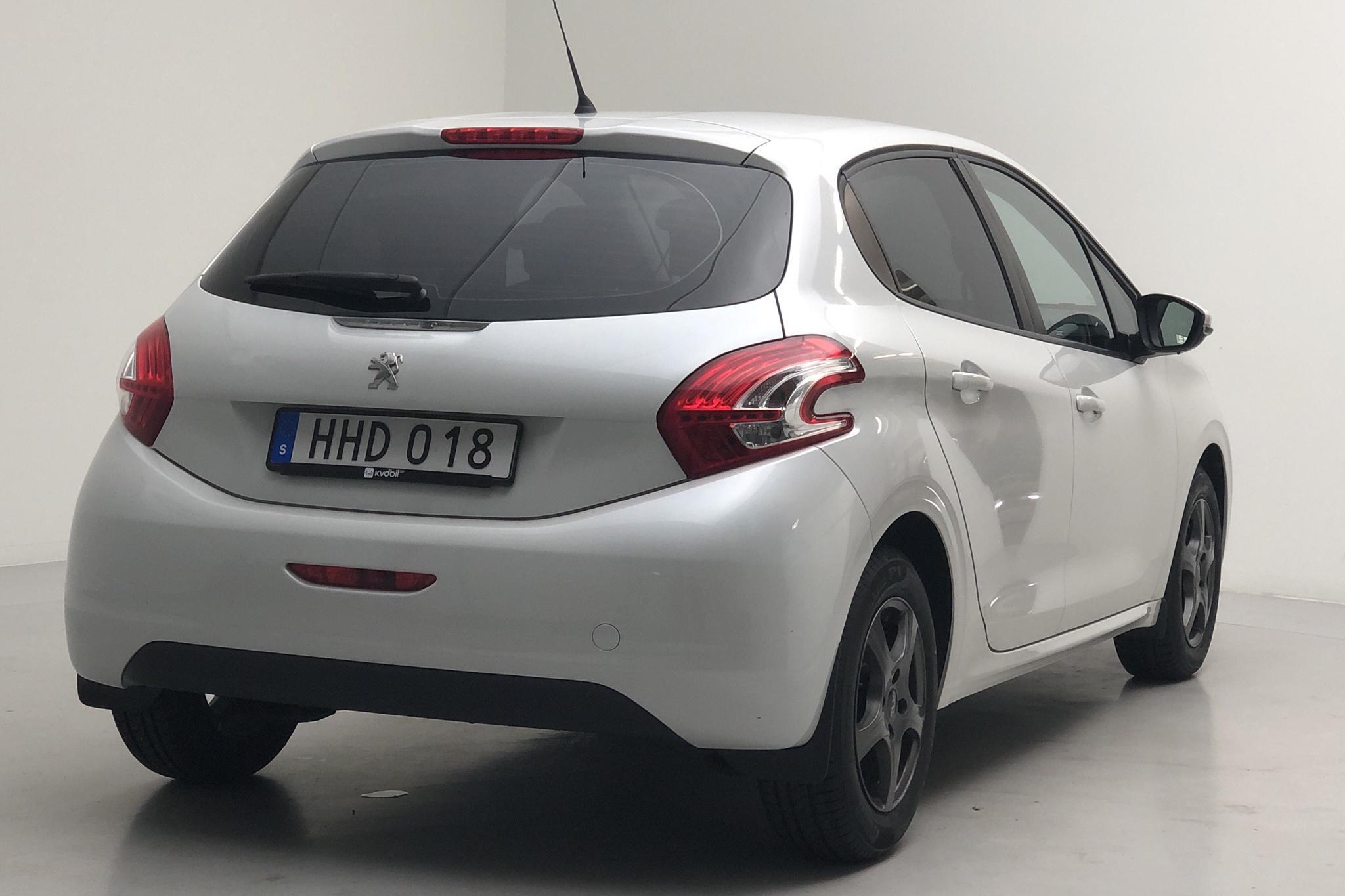 Peugeot 208 1.2 VTi 5dr (82hk) - 6 208 mil - Manuell - grå - 2014