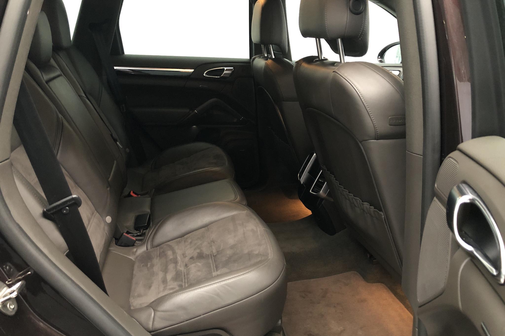 Porsche Cayenne Diesel (262hk) - 9 710 mil - Automat - Light Brown - 2018