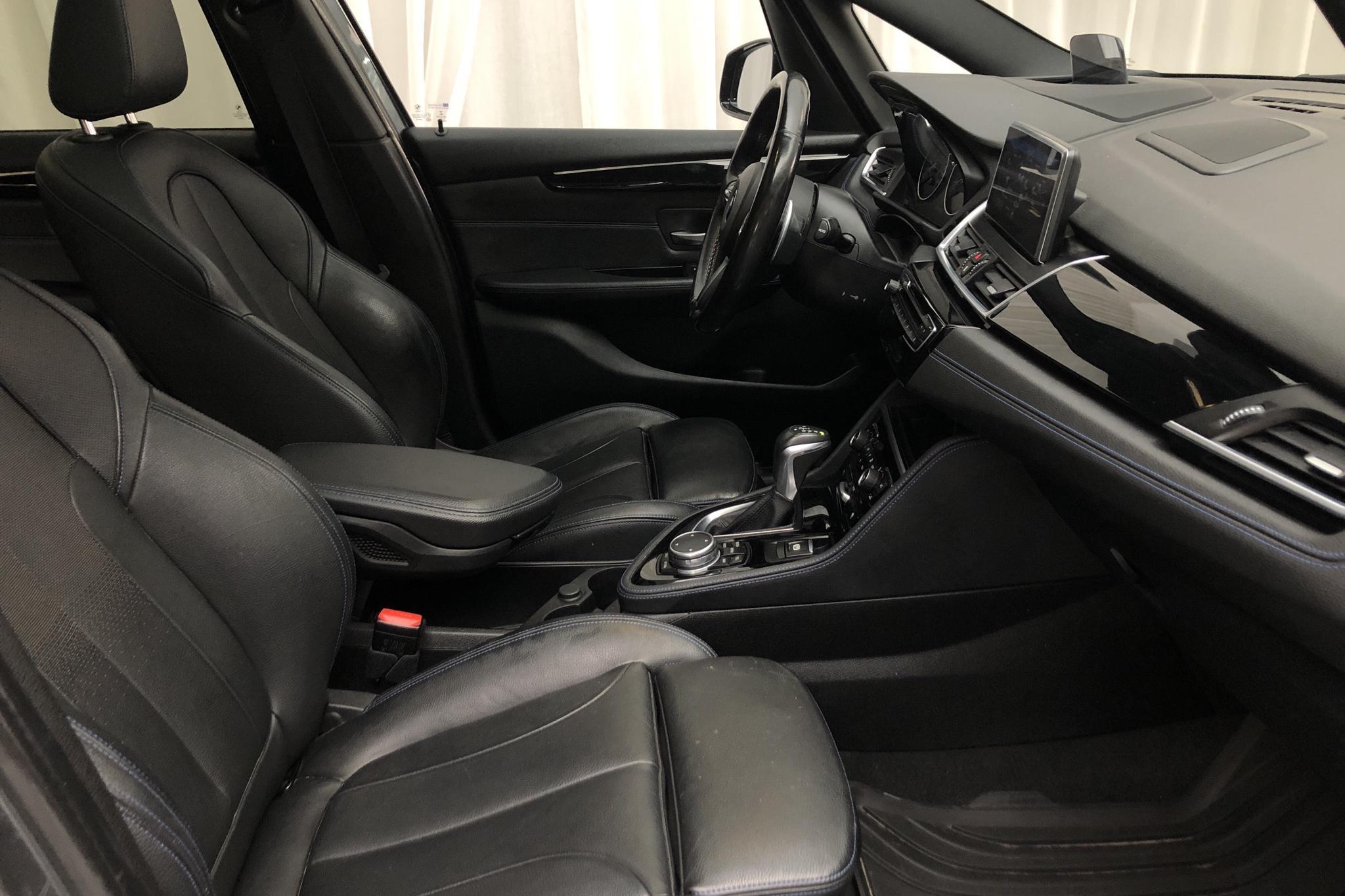 BMW 220d xDrive Gran Tourer, F46 (190hk) - 14 312 mil - Automat - grå - 2016