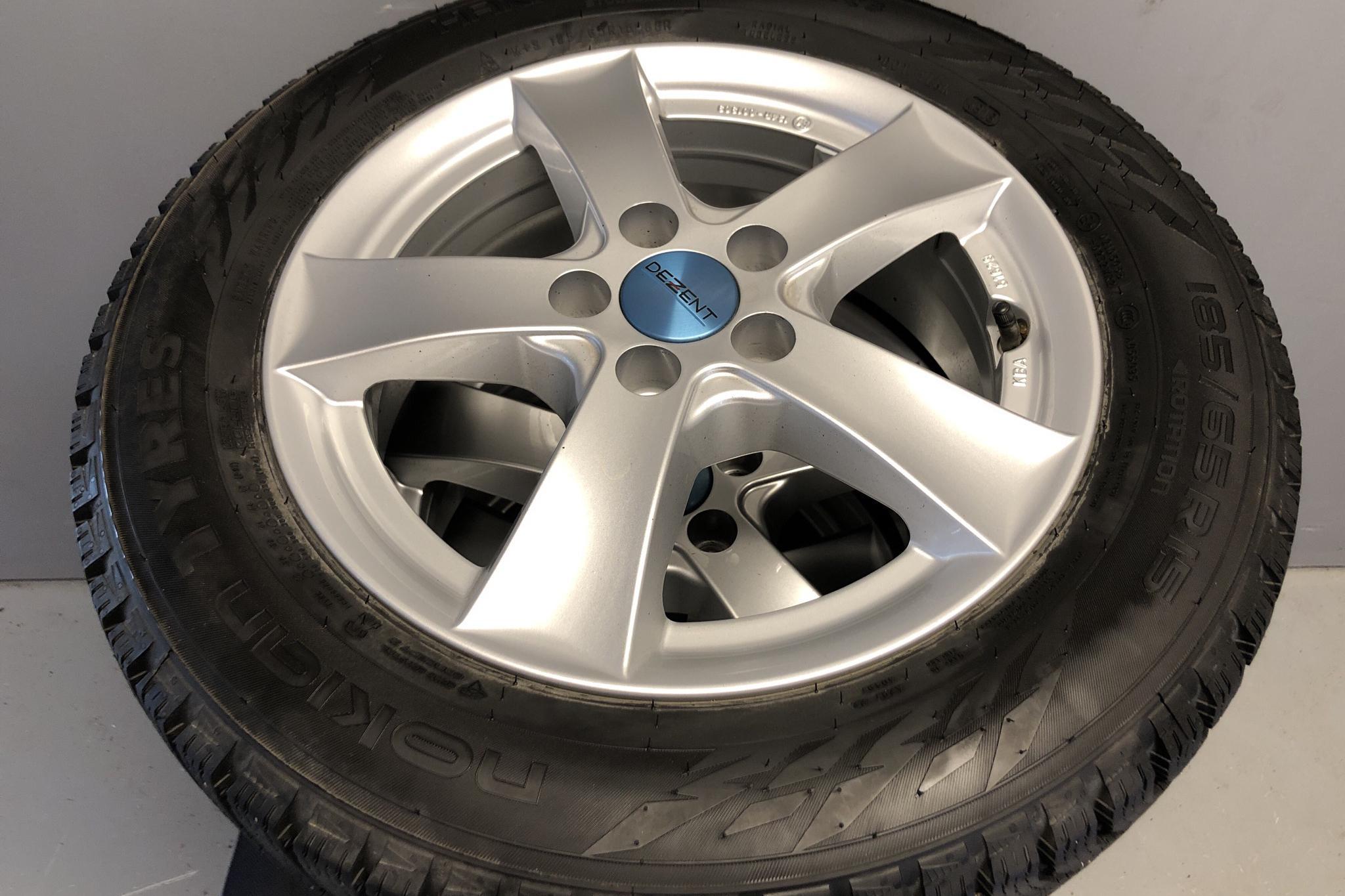 Seat Ibiza 1.0 MPI 5dr (80hk) - 3 556 mil - Manuell - röd - 2019