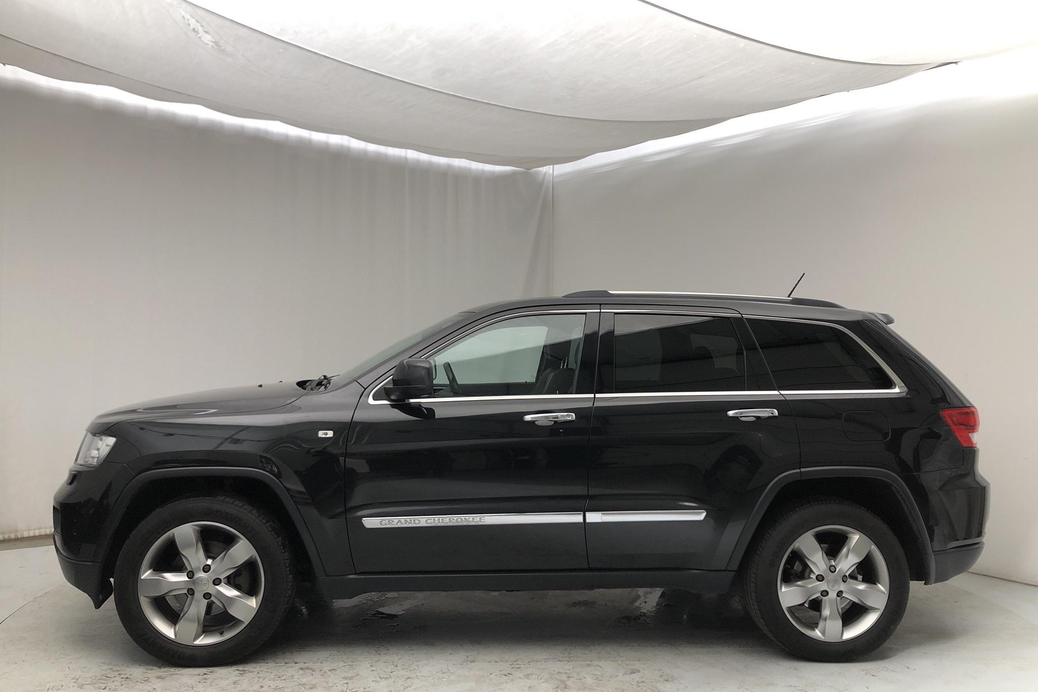 Jeep Grand Cherokee 3.0 CRD V6 (241hk) - 226 630 km - Automatic - black - 2013