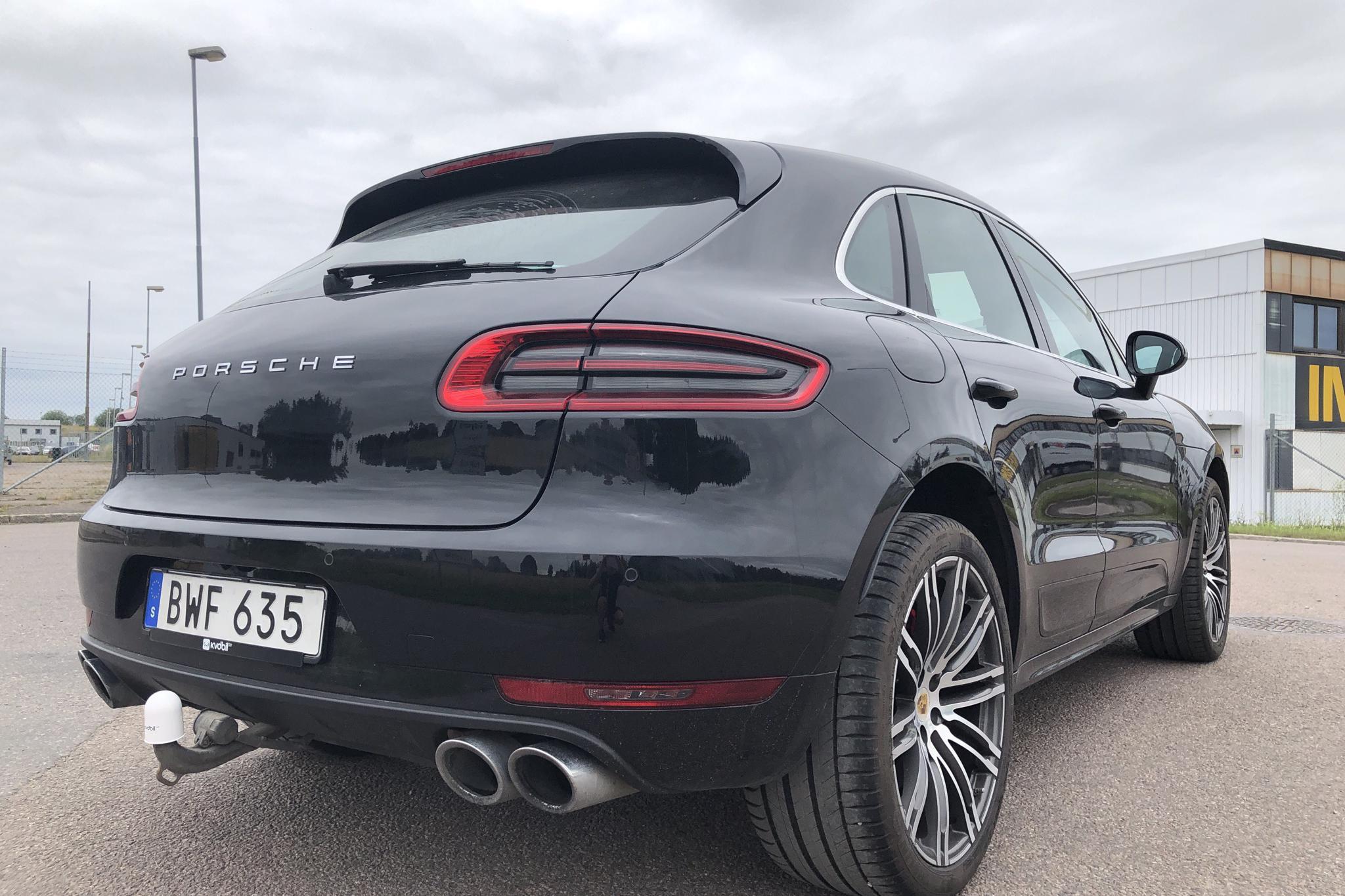Porsche Macan 3.6 Turbo (400hk) - 9 809 mil - Automat - svart - 2017