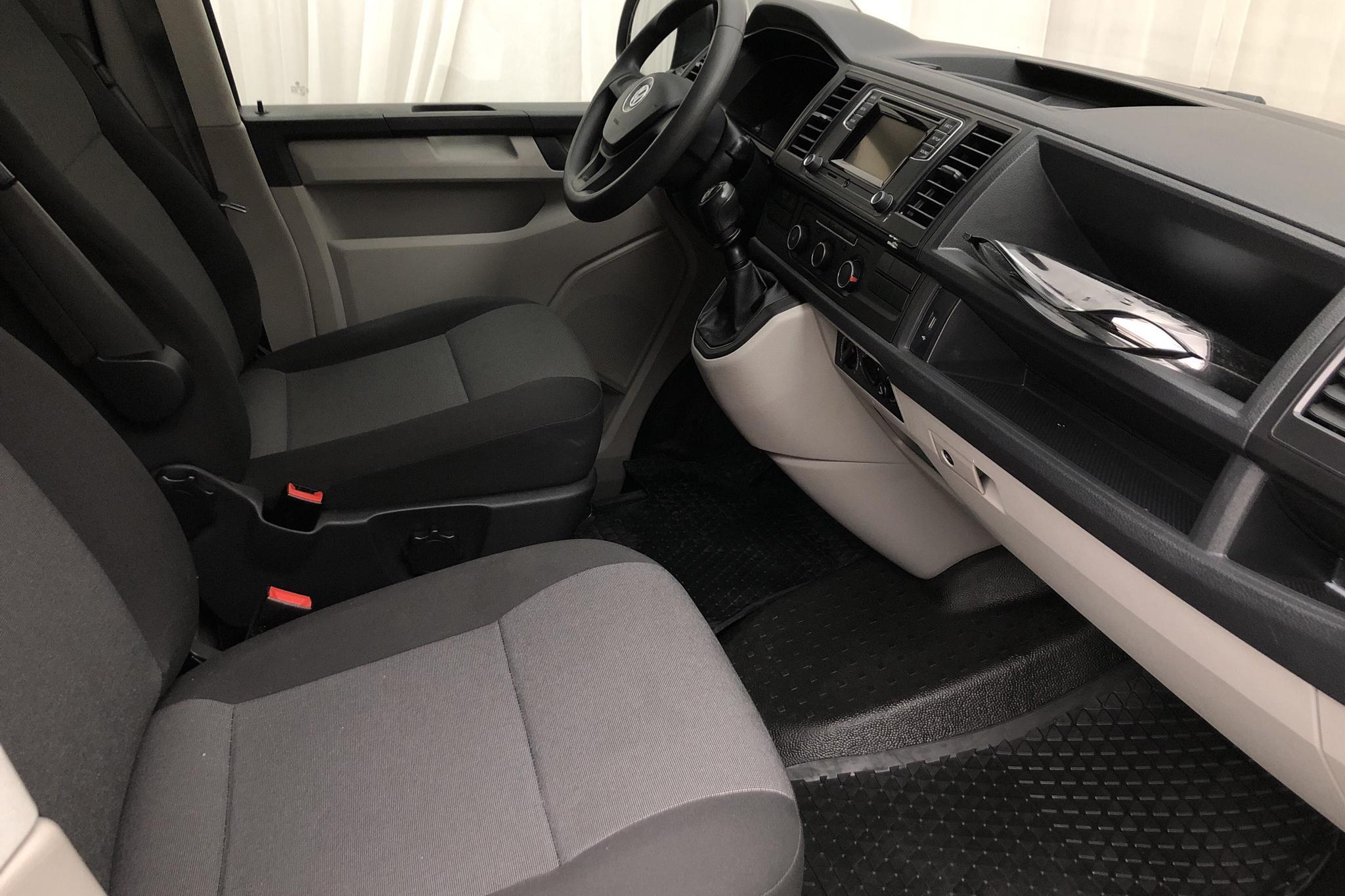 VW Transporter T6 2.0 TDI BMT Skåp (140hk) - 161 580 km - Manual - white - 2016
