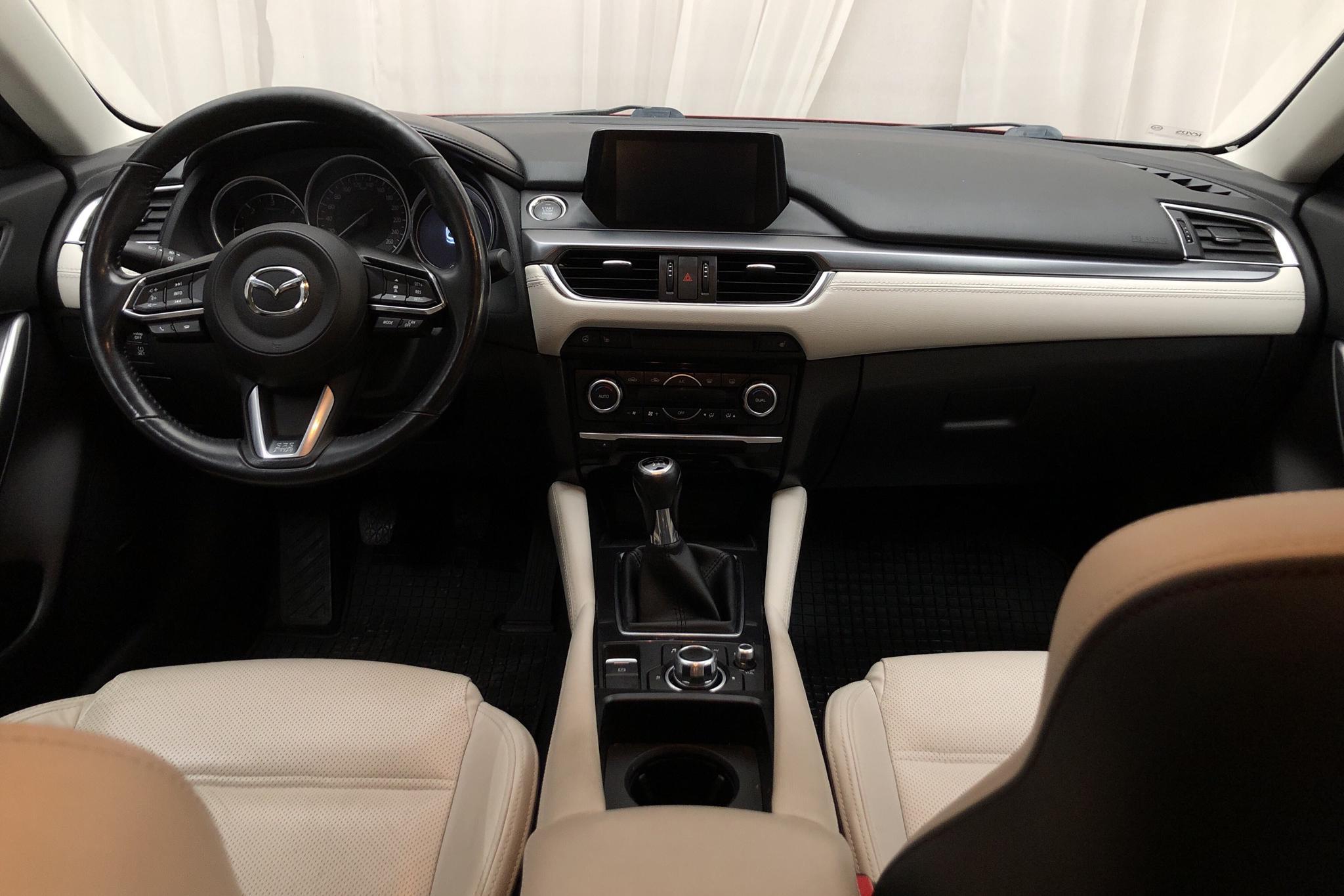 Mazda 6 2.2 DE Kombi (175hk) - 16 176 mil - Manuell - röd - 2017