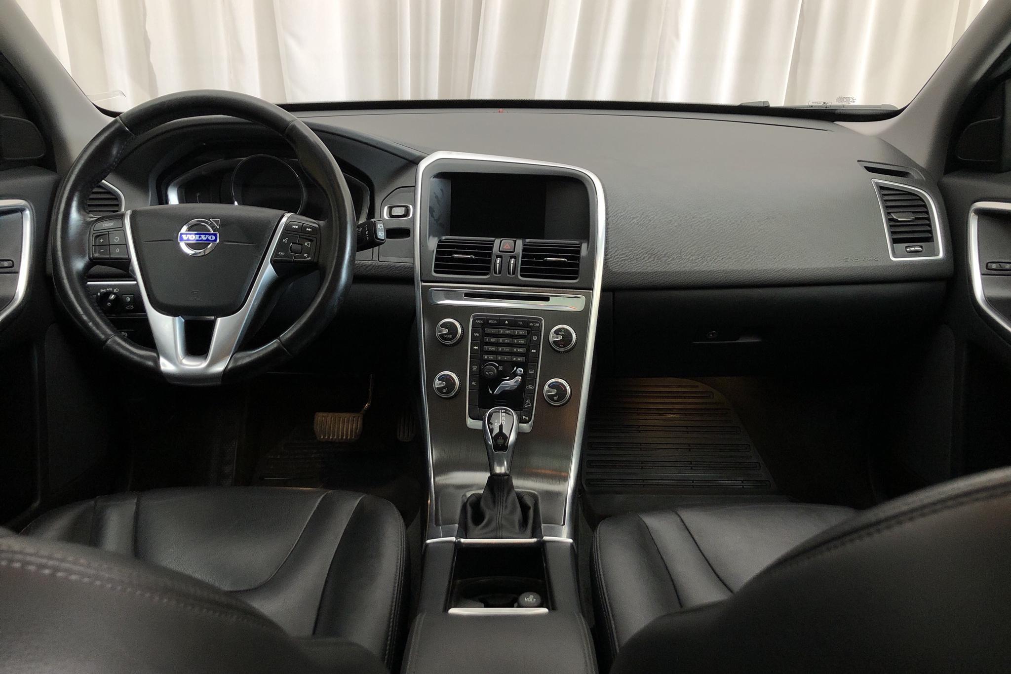 Volvo XC60 D5 AWD (215hk) - 147 980 km - Automatic - black - 2015