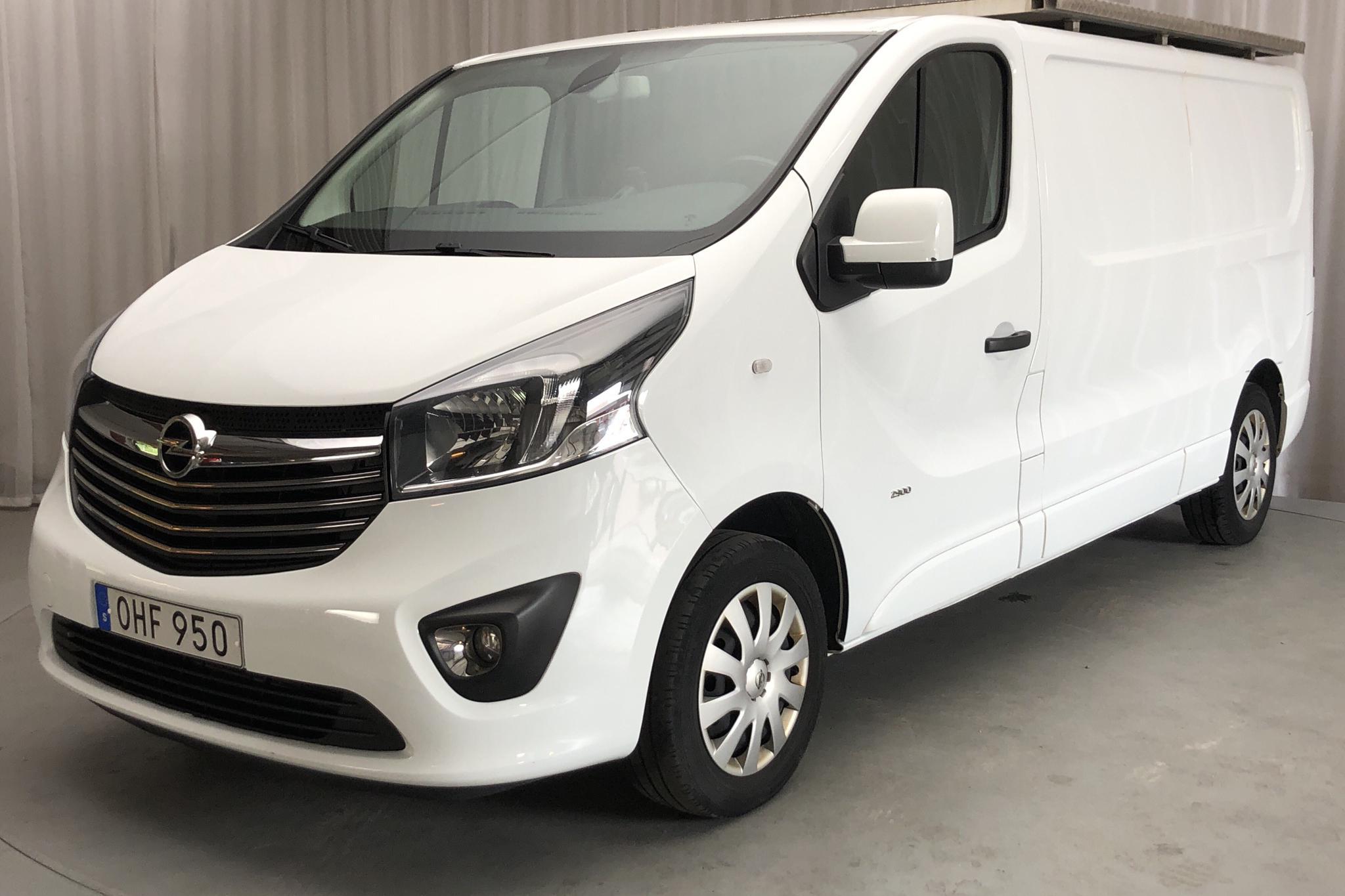 Opel Vivaro 1.6 BITURBO (125hk) - 124 140 km - Manual - white - 2017