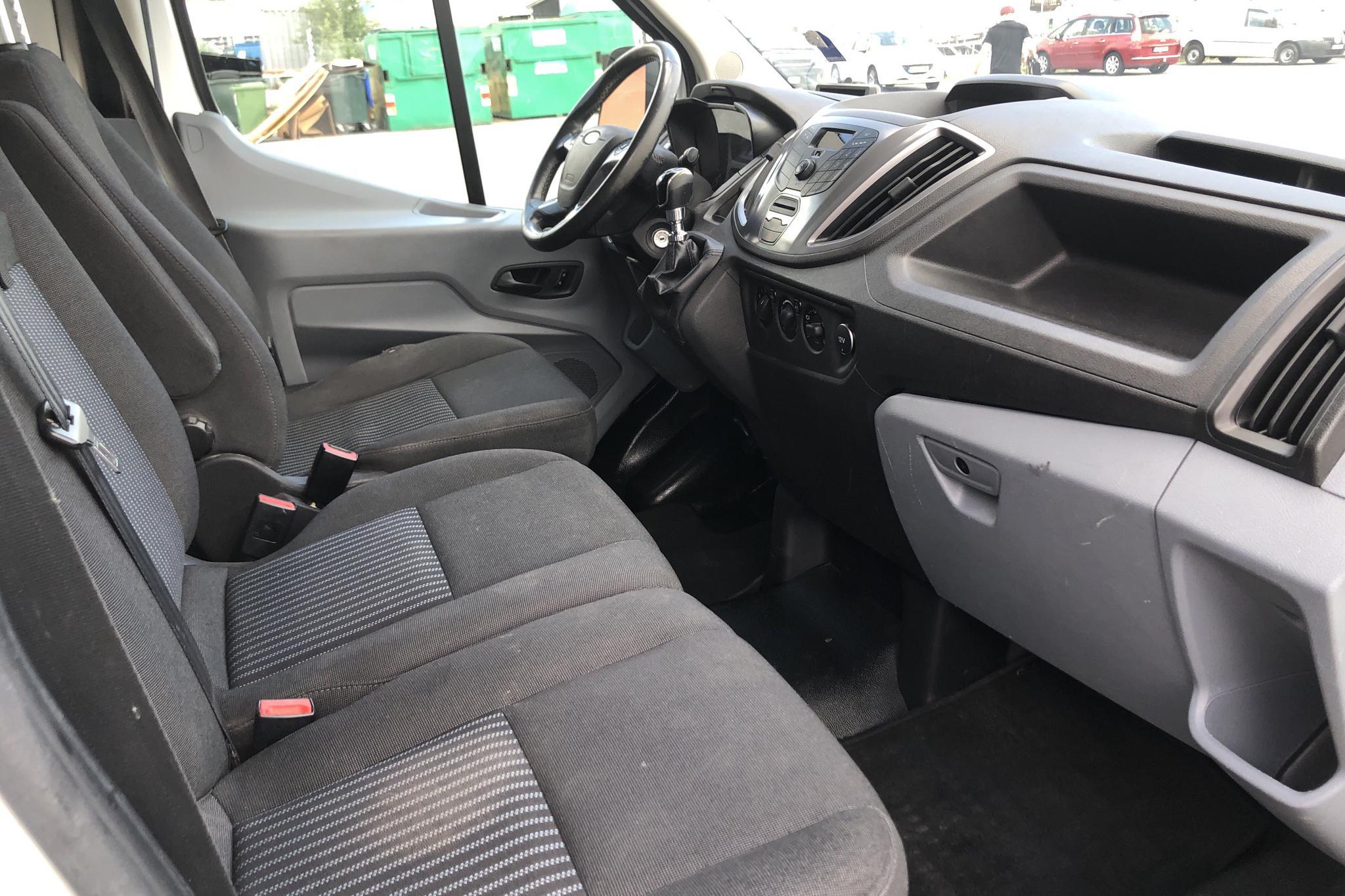 Ford Transit 350 2.2 TDCi Skåp 2WD (125hk) - 15 902 mil - Manuell - vit - 2015