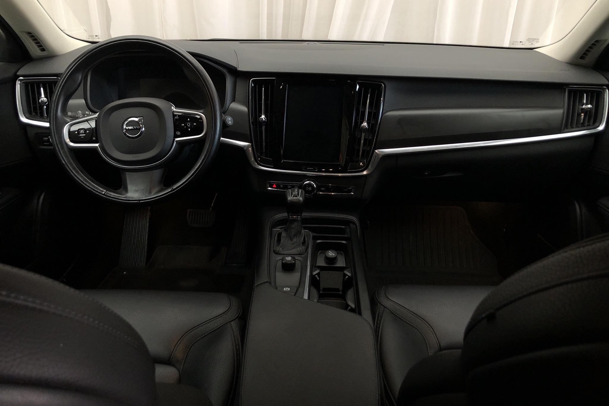 Volvo V90 D4 Cross Country AWD (190hk) - 121 940 km - Automatic - black - 2018