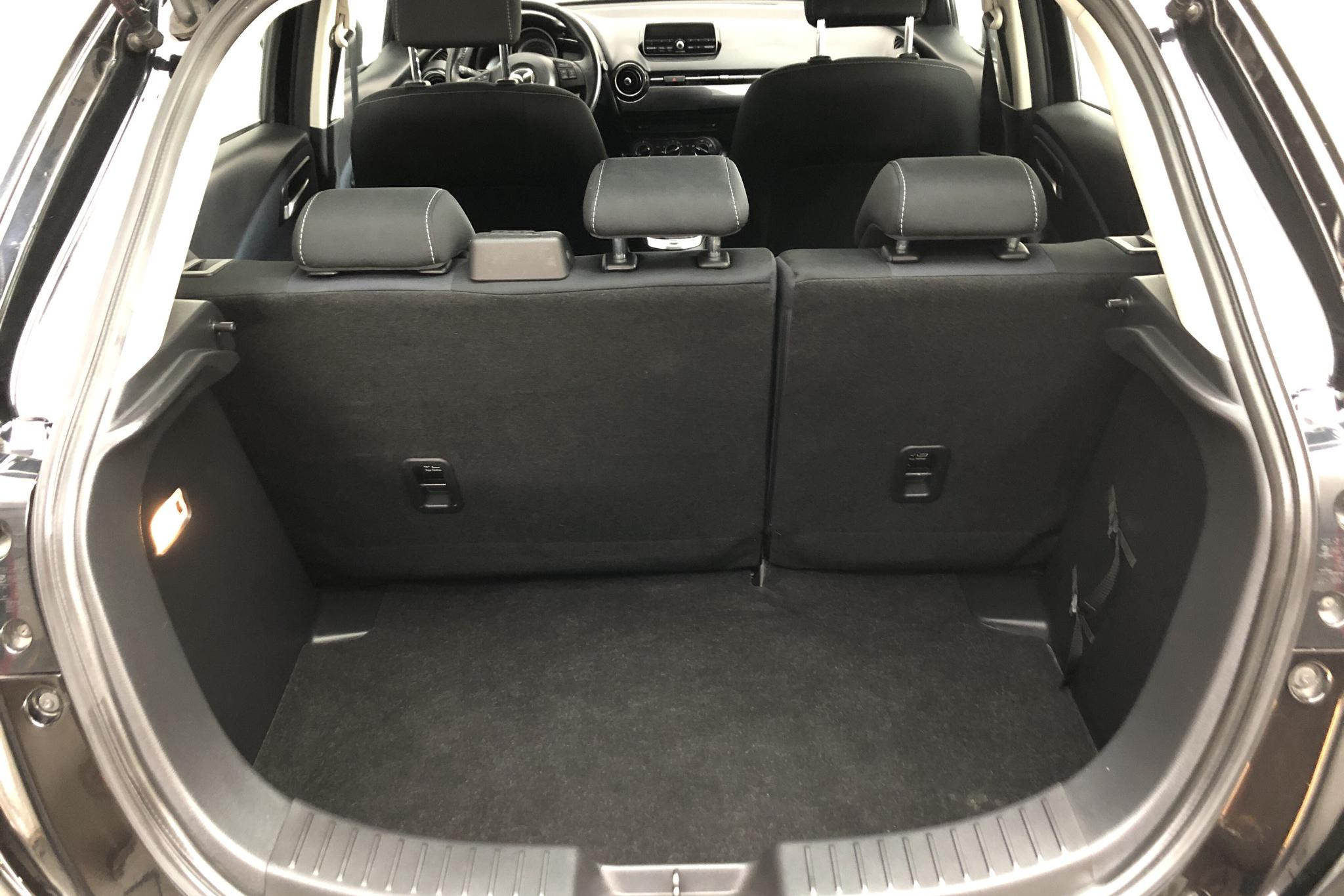 Mazda 2 1.5 5dr (90hk) - 8 434 mil - Automat - svart - 2016