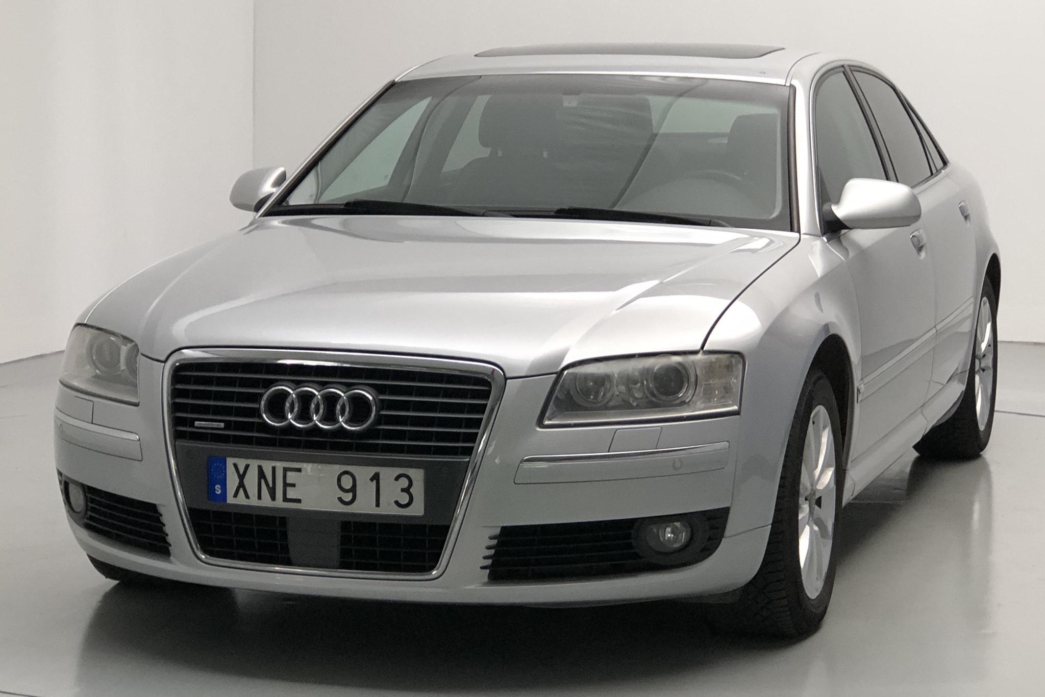 Audi A8 4.2 quattro (335hk) - 138 030 km - Automatic - silver - 2006