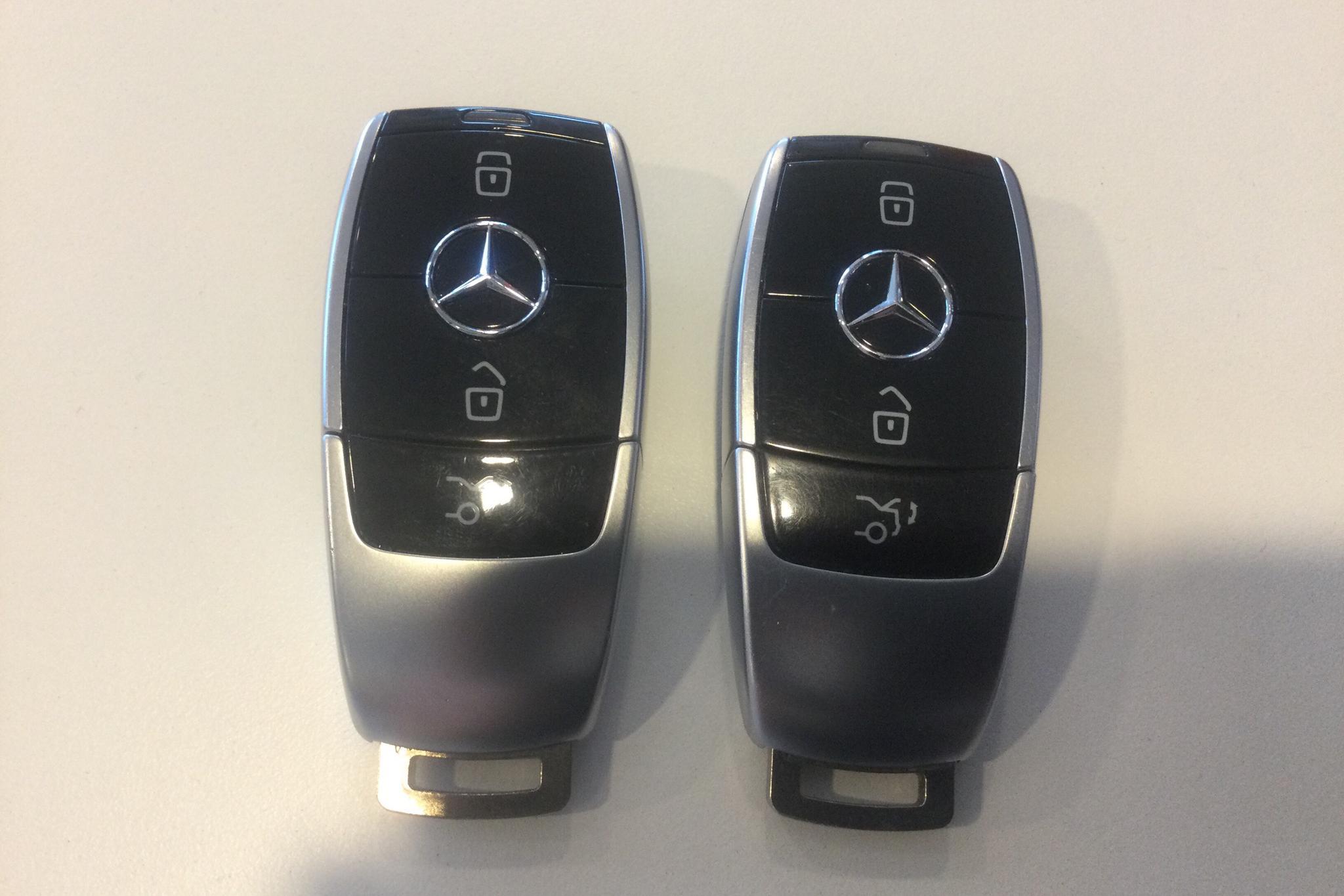 Mercedes E 220 d 4MATIC Kombi S213 (194hk) - 7 662 mil - Automat - vit - 2017