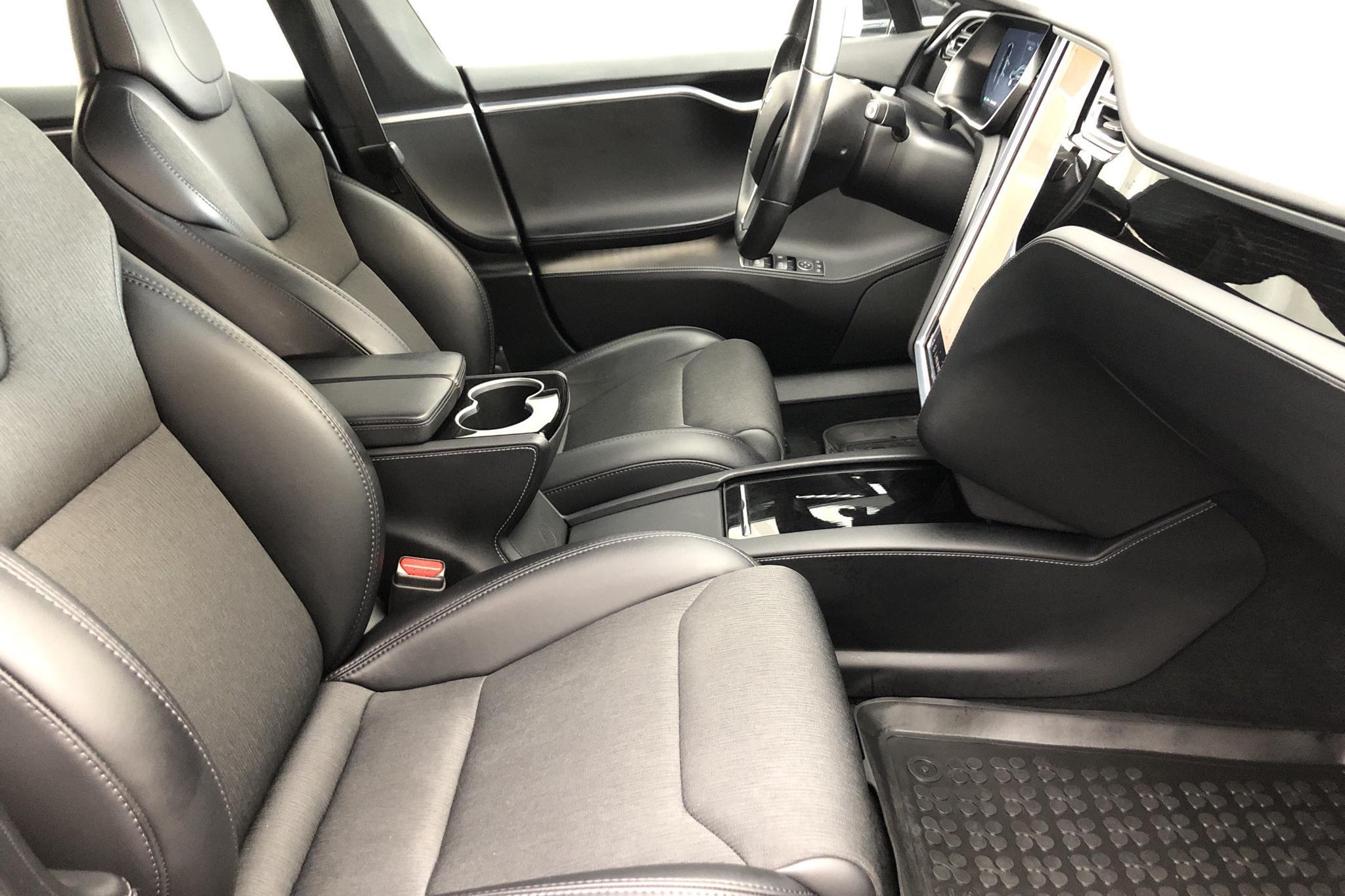 Tesla Model S 75D (525hk) - 6 913 mil - Automat - svart - 2018
