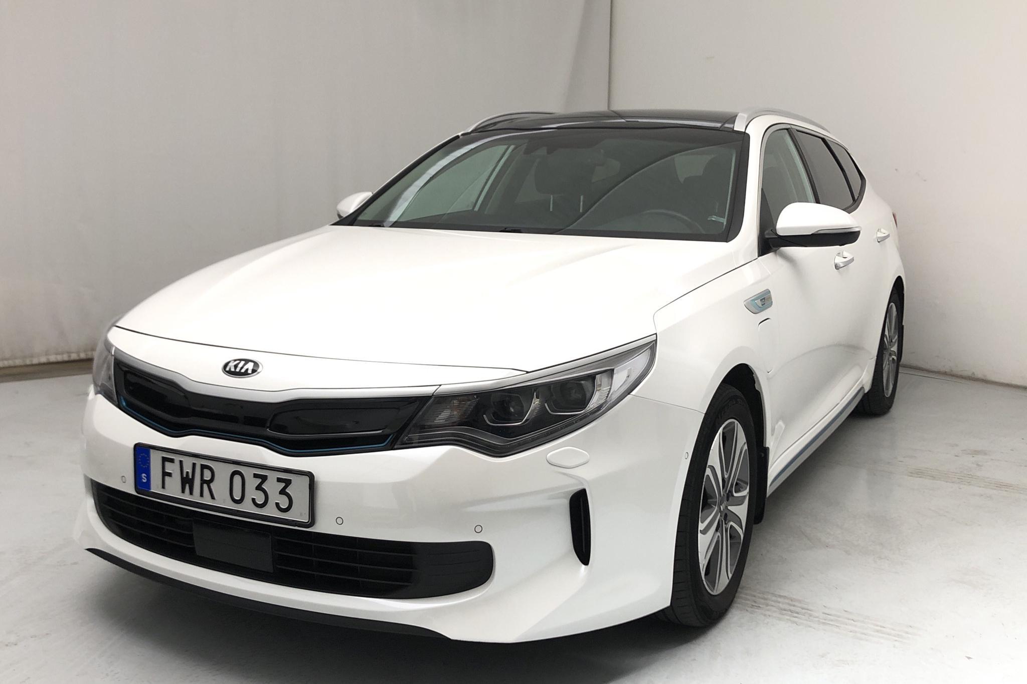 KIA Optima 2.0 GDi Plug-in Hybrid SW (205hk) - 119 250 km - Automatic - white - 2018