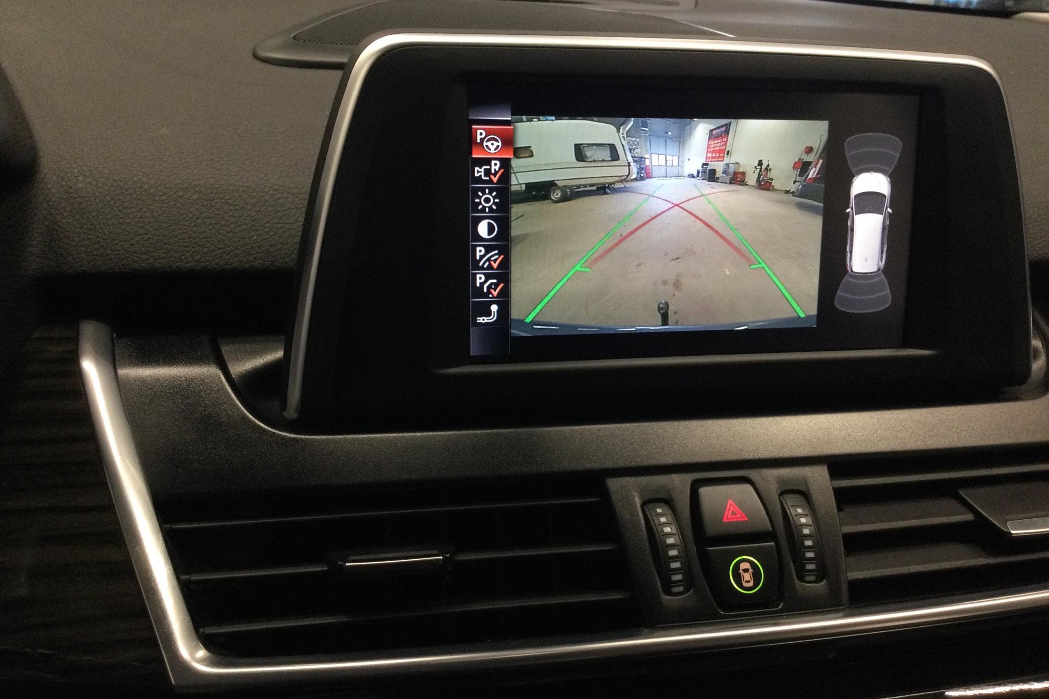 BMW 220d xDrive Gran Tourer, F46 (190hk) - 87 650 km - Automatic - gray - 2016