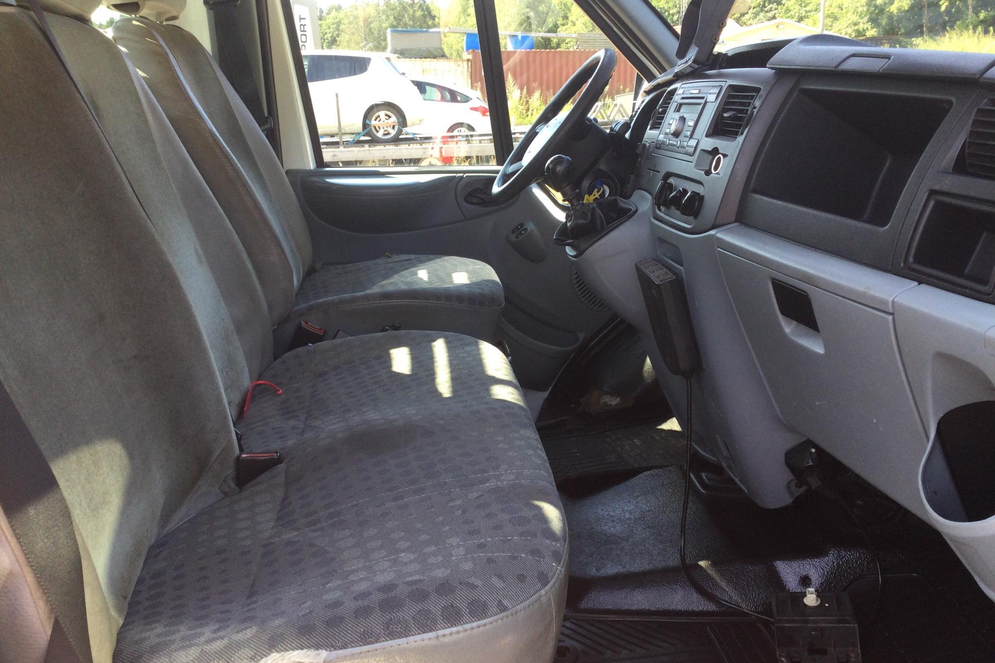 Ford Transit 350 2.4 TDCi Pickup (140hk) - 7 165 mil - Manuell - 2007