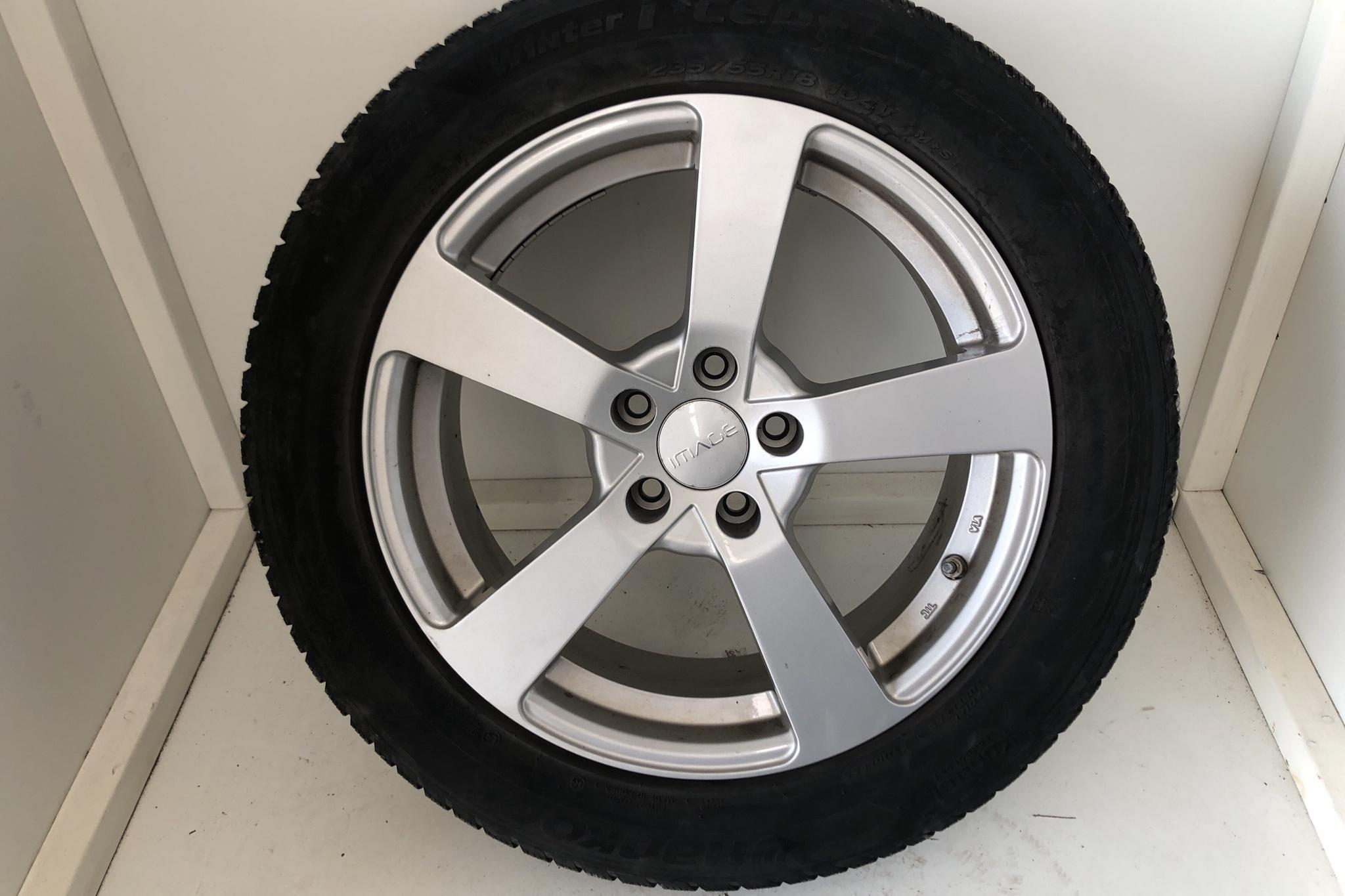 Toyota RAV4 2.5 HSD AWD (197hk) - 4 967 mil - Automat - vit - 2018