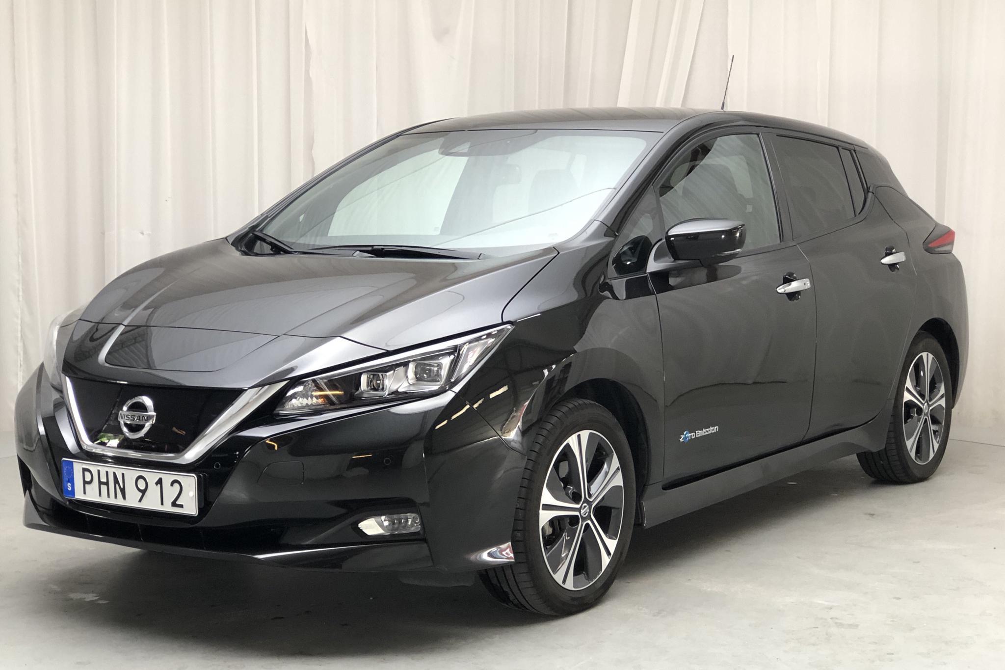 Nissan LEAF 5dr 40 kWh (150hk) - 18 800 km - Automatic - black - 2019