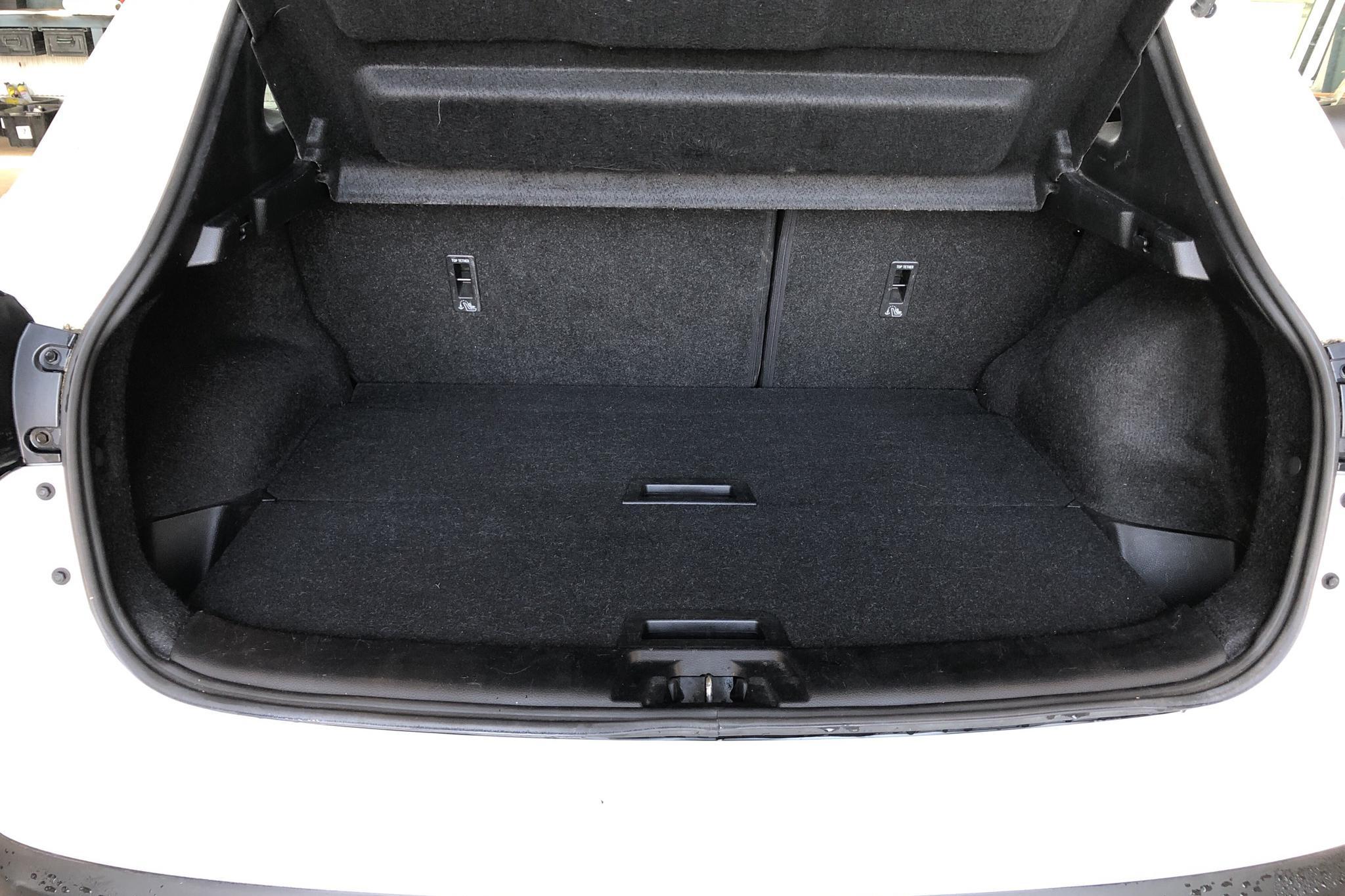 Nissan Qashqai 1.2 (115hk) - 98 420 km - Manual - white - 2015