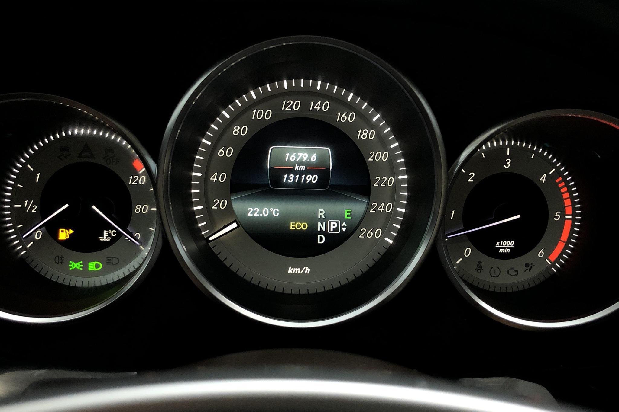 Mercedes CLS 350d 4MATIC Coupé C218 (258hk) - 13 118 mil - Automat - silver - 2016